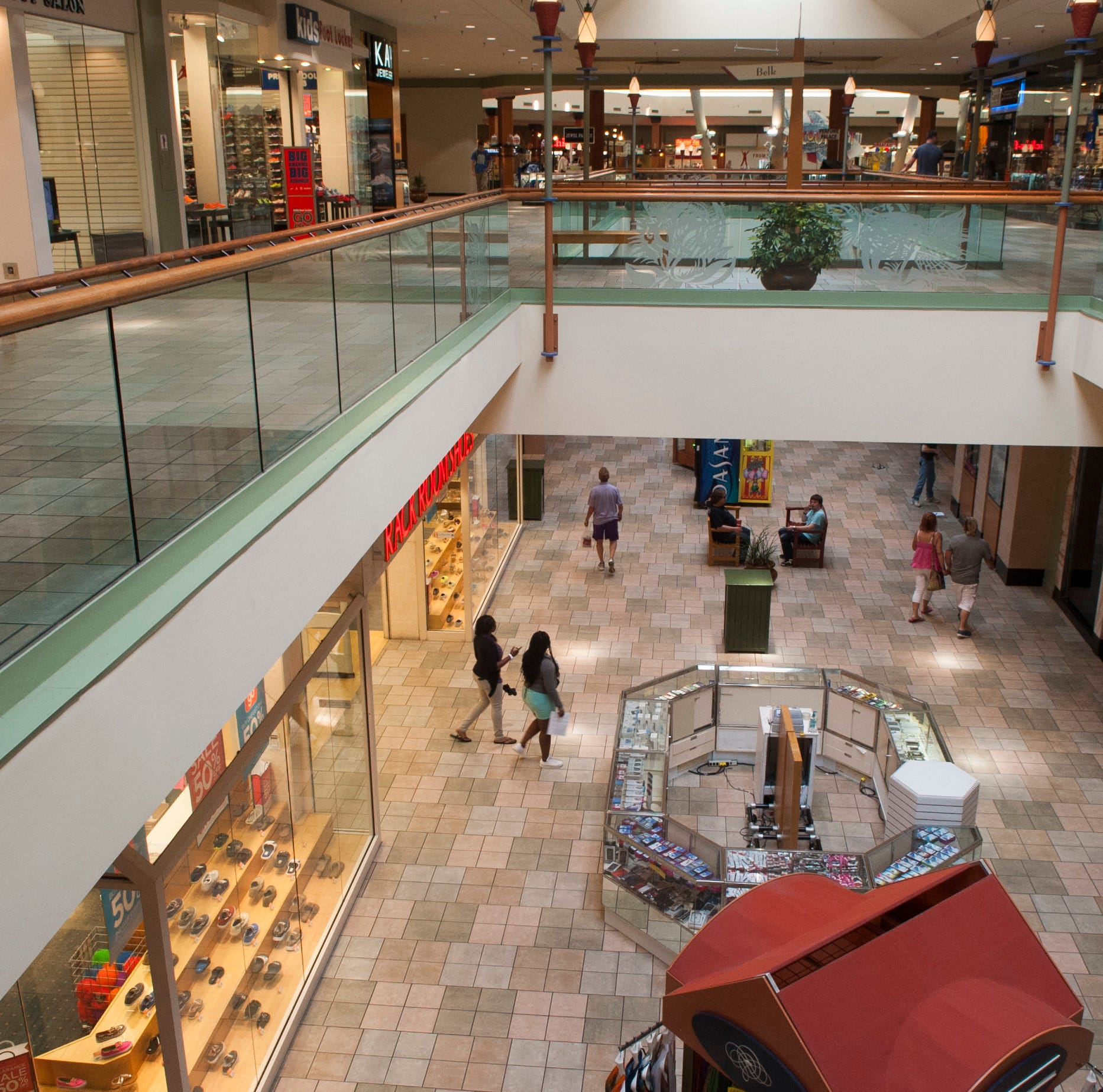 What to do with Knoxville Center Mall? Mayoral candidates share big ideas at forum