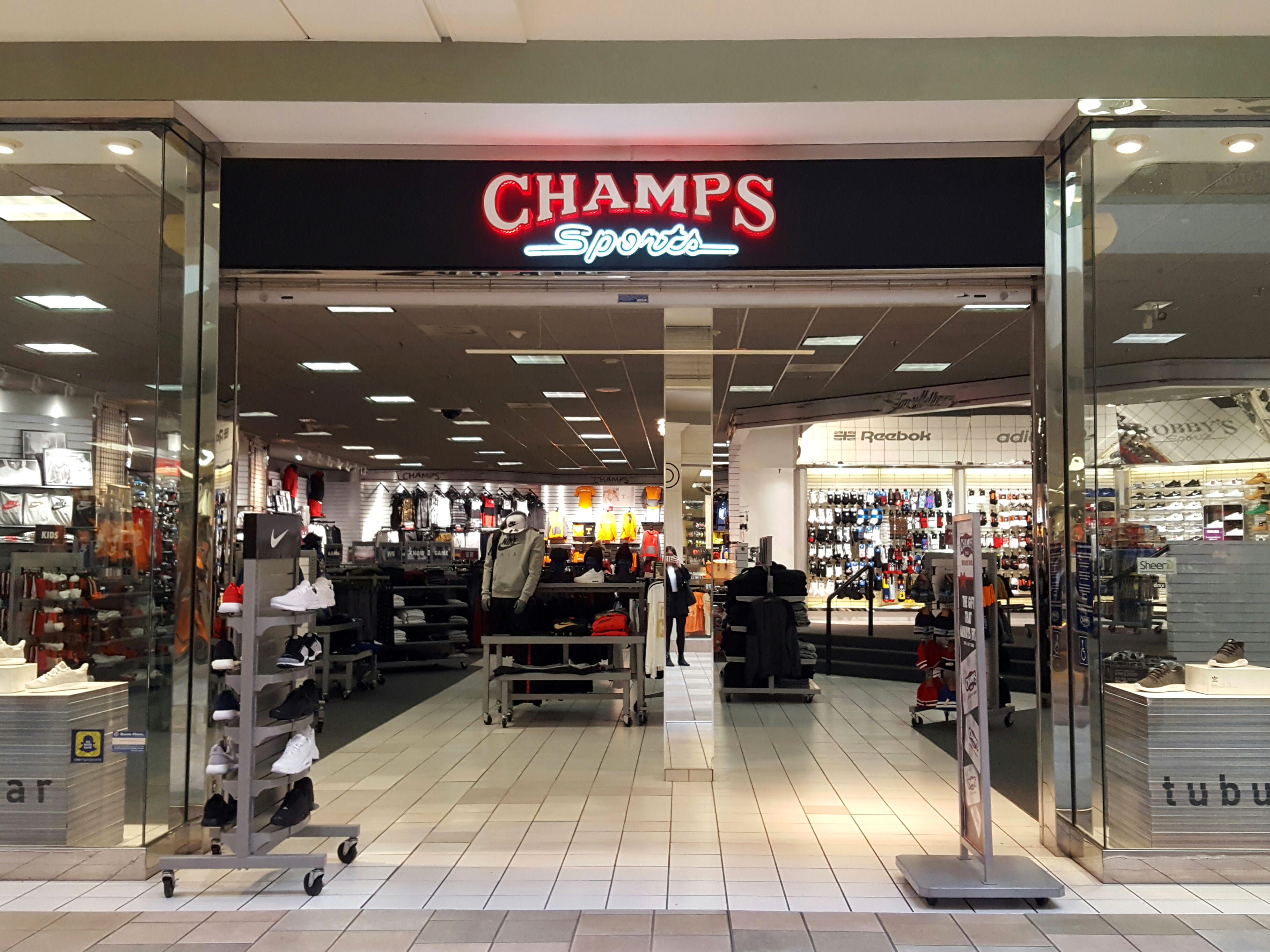Champs Sports is expected to close its store at the Knoxville Center Mall.