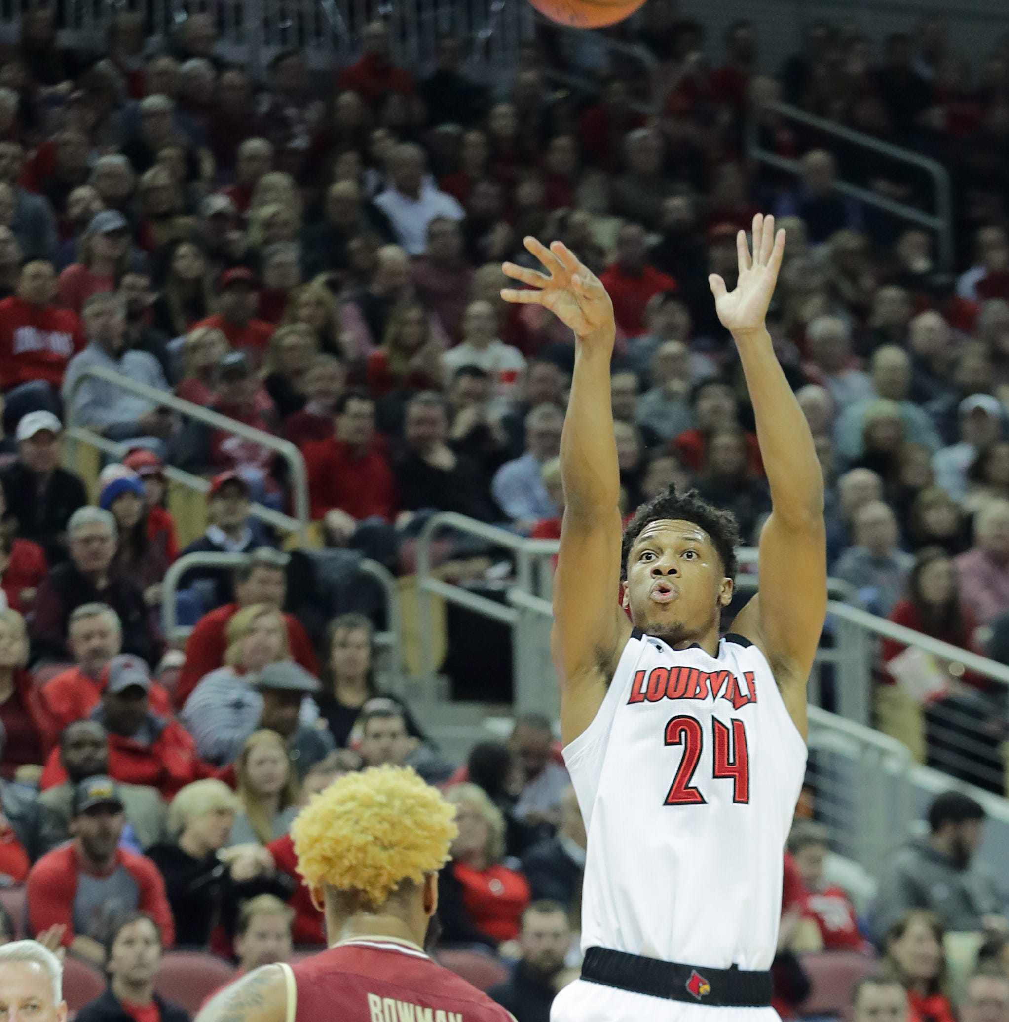 Nwora, Sutton power Louisville basketball past Boston College