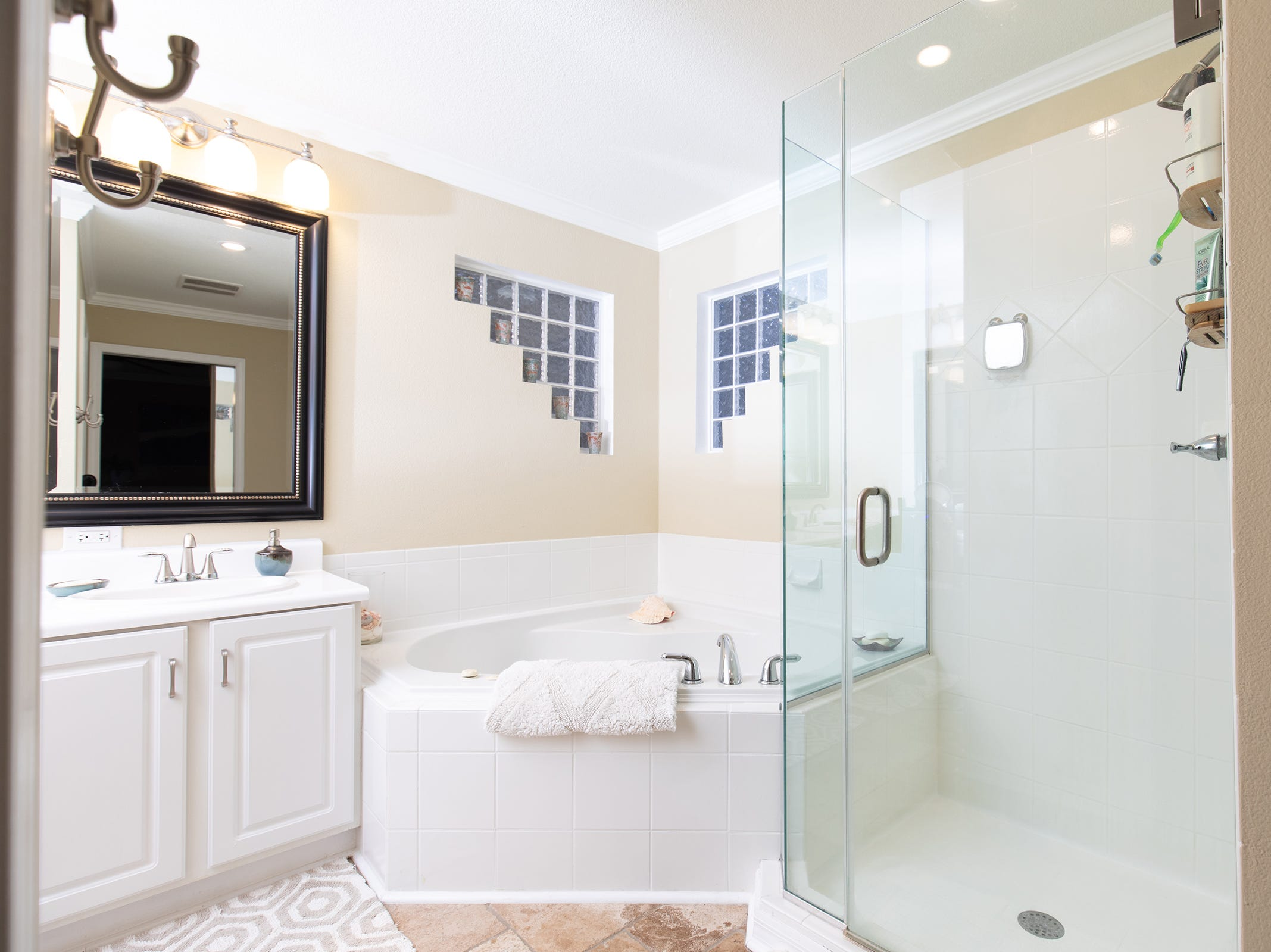 1516 East Brainerd St.Relax in the chic master bath.