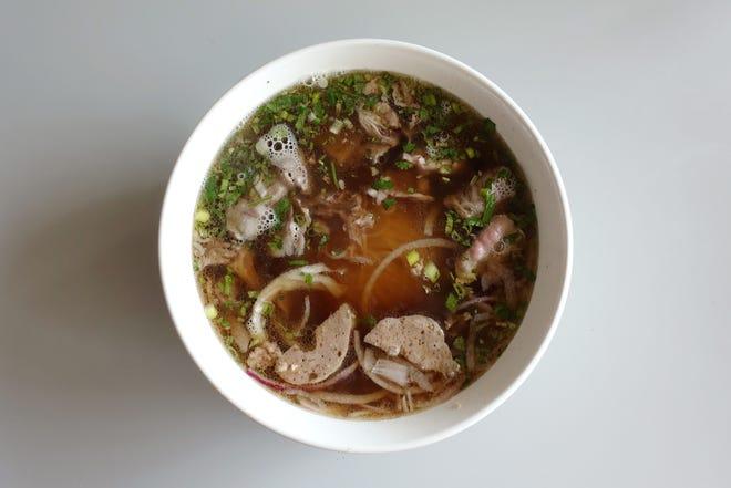 Best Pho In Phoenix Top Vietnamese Restaurants For Beef Noodle Soup