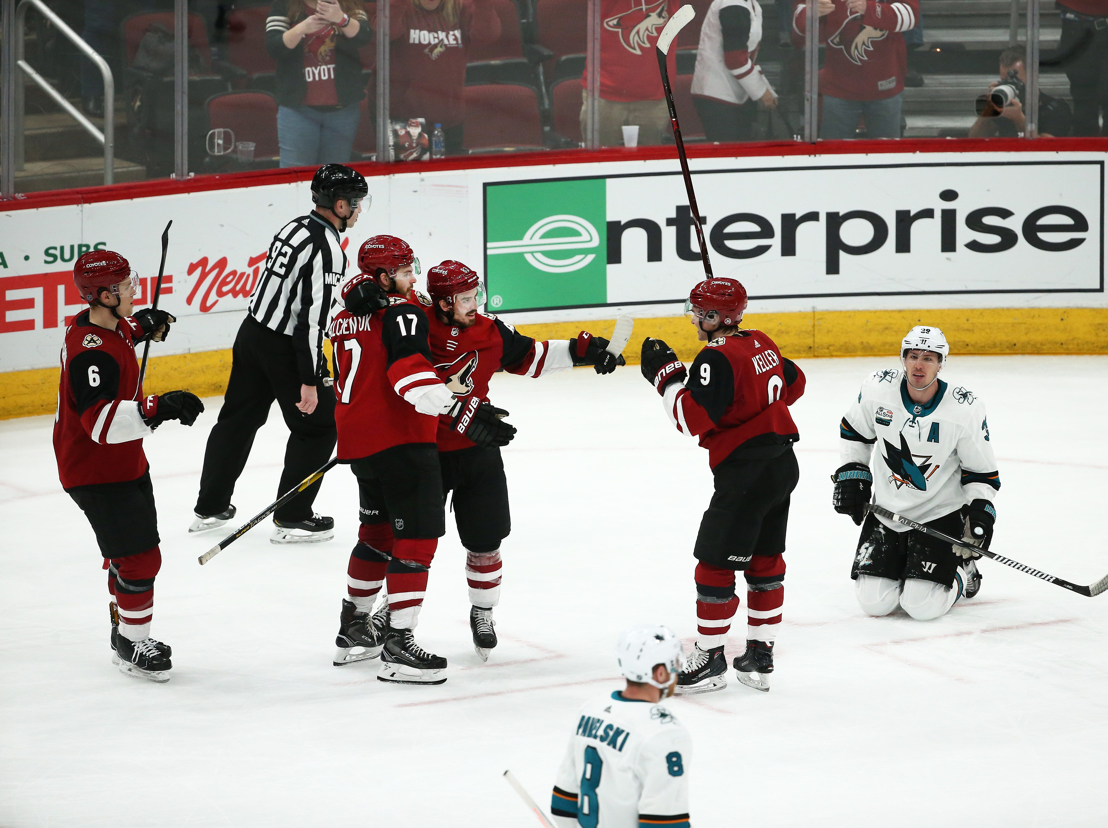 Arizona Coyotes Alex Galchenyuk (17) celebrates his goal against the San Jose Sharks in the third period on Jan. 16 at Gila River Arena.