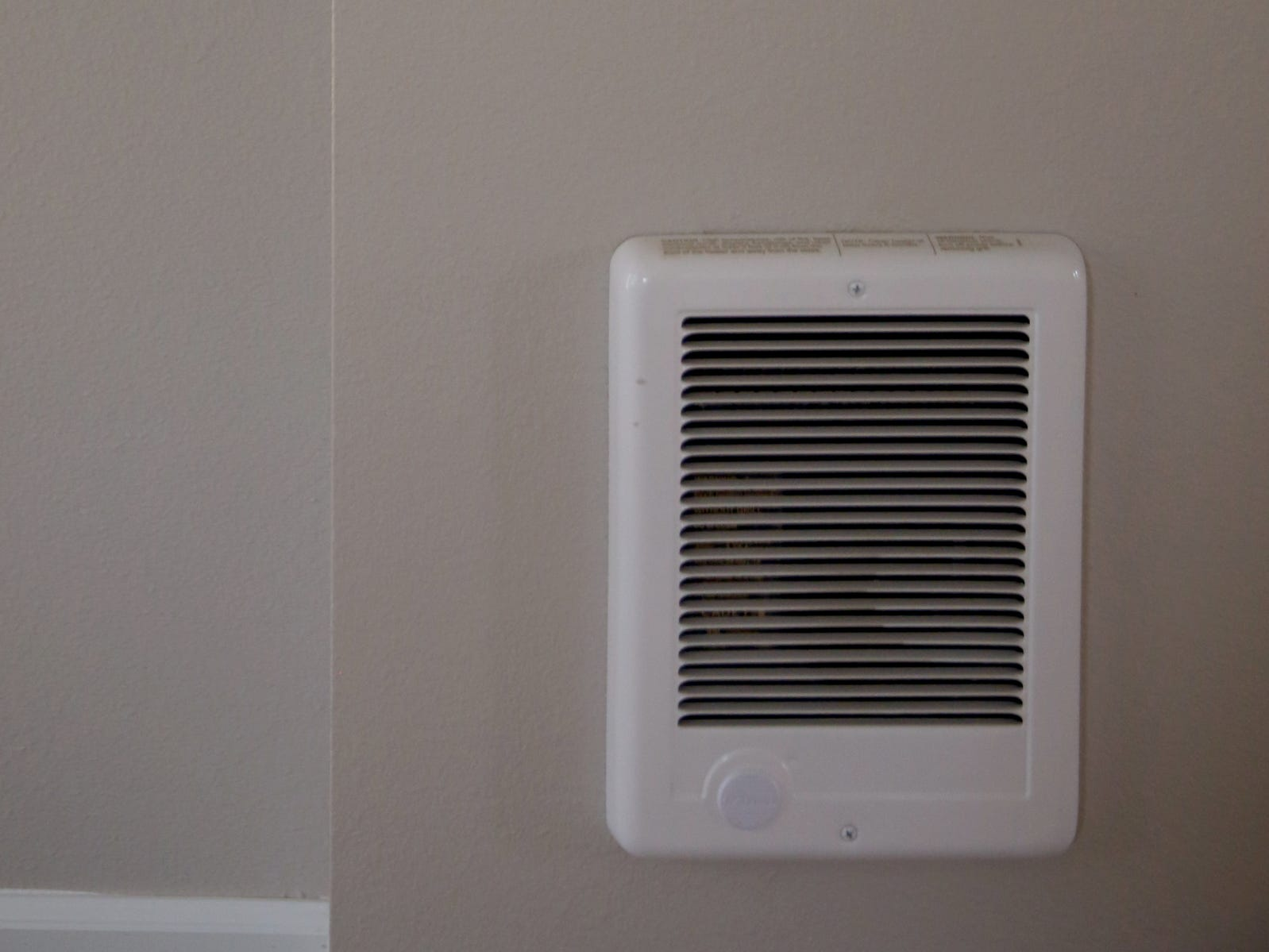 A room heater with a thermostat at the Cornerstone Apartments in Salem on Wednesday, Jan. 16, 2019. The state is looking to reduce the energy burden for low-income Oregonians, including tenants at Cornerstone, who must live at or less than 60 percent of the area's median household income.