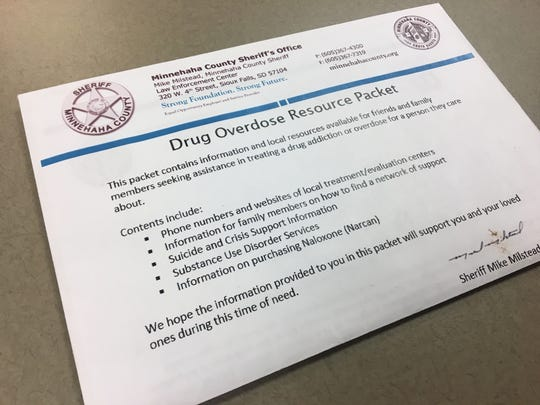 Minnehaha County Sheriff's Office deputies and Sioux Falls Police are handing out overdose resource packets to families.