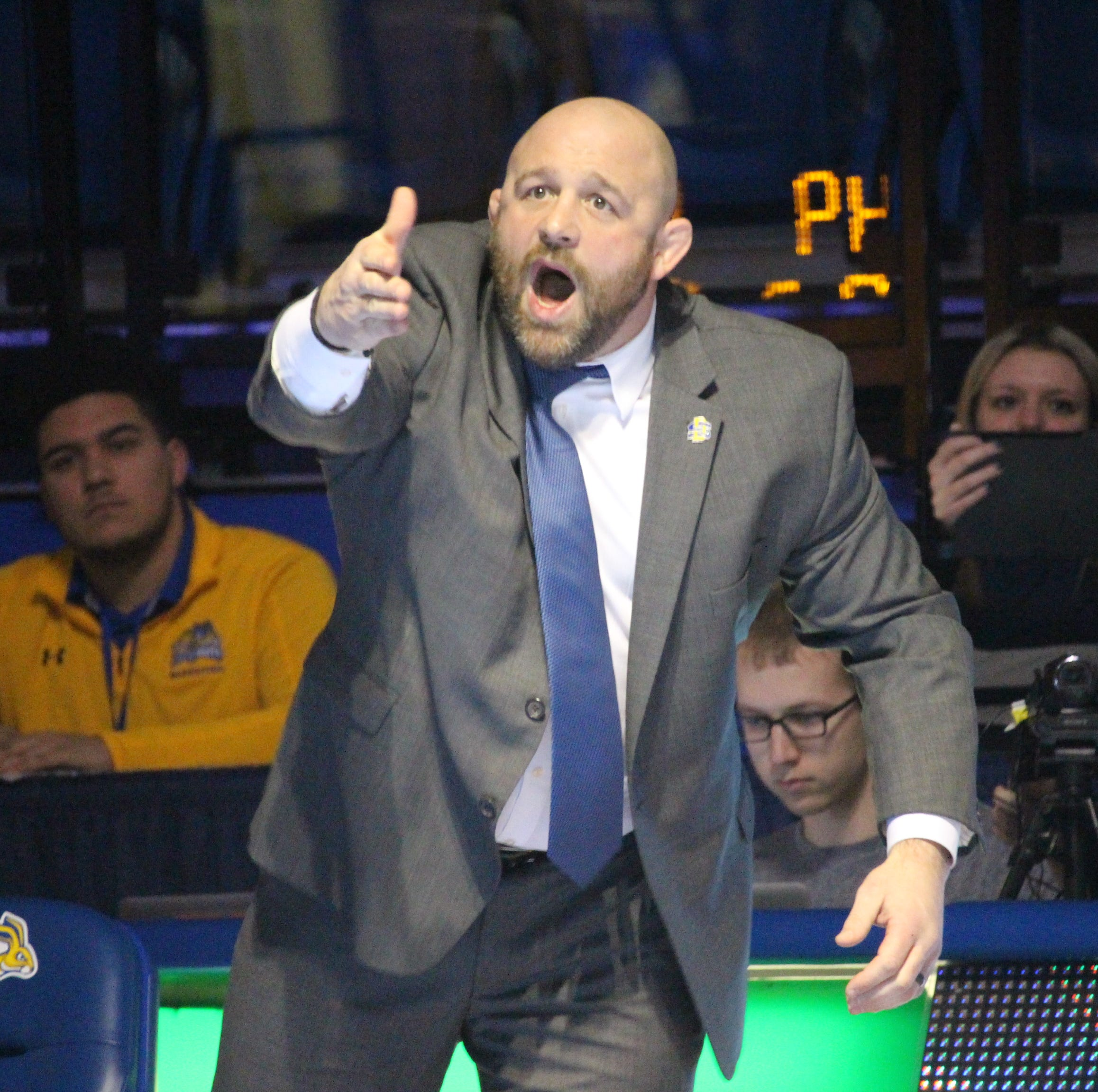 South Dakota State wrestling rebuilding under new coach Damion Hahn