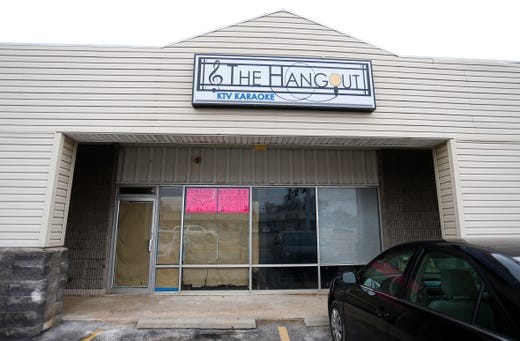 Springfield's newest karaoke bar, The Hangout, set for soft