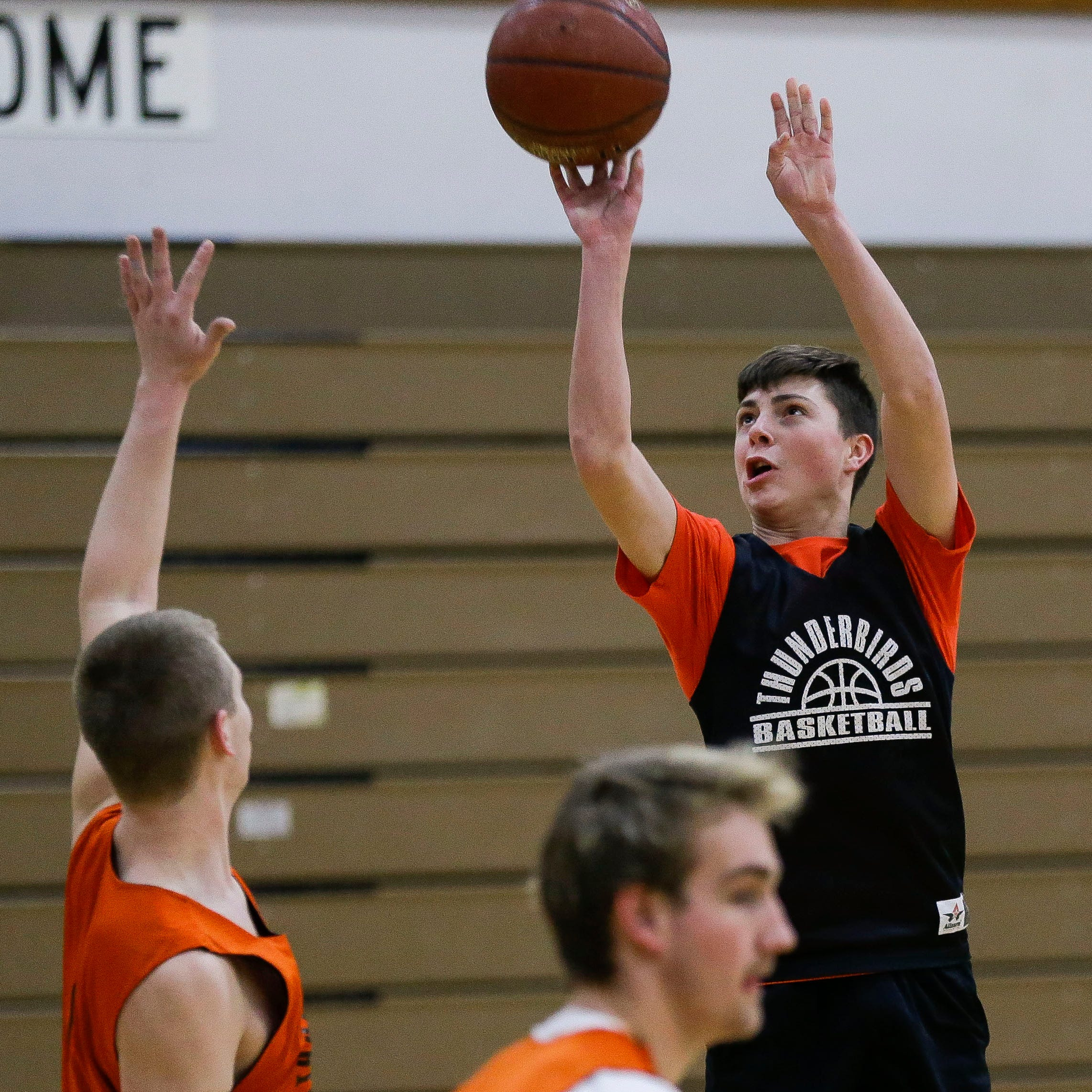 Prep notebook: Iola-Scandinavia a force on the basketball court as well this year