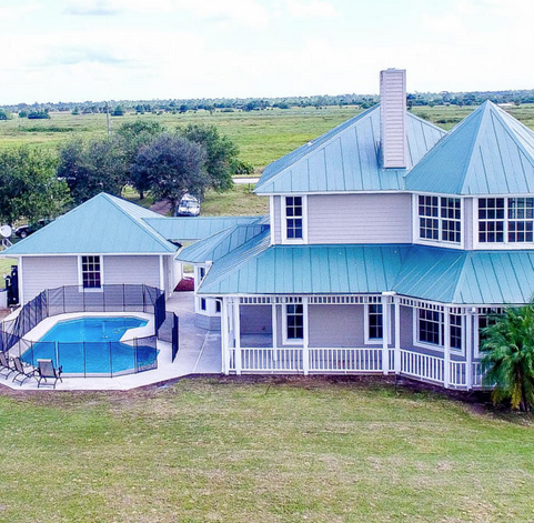 20-acre equestrian estate going on the auction block Thursday