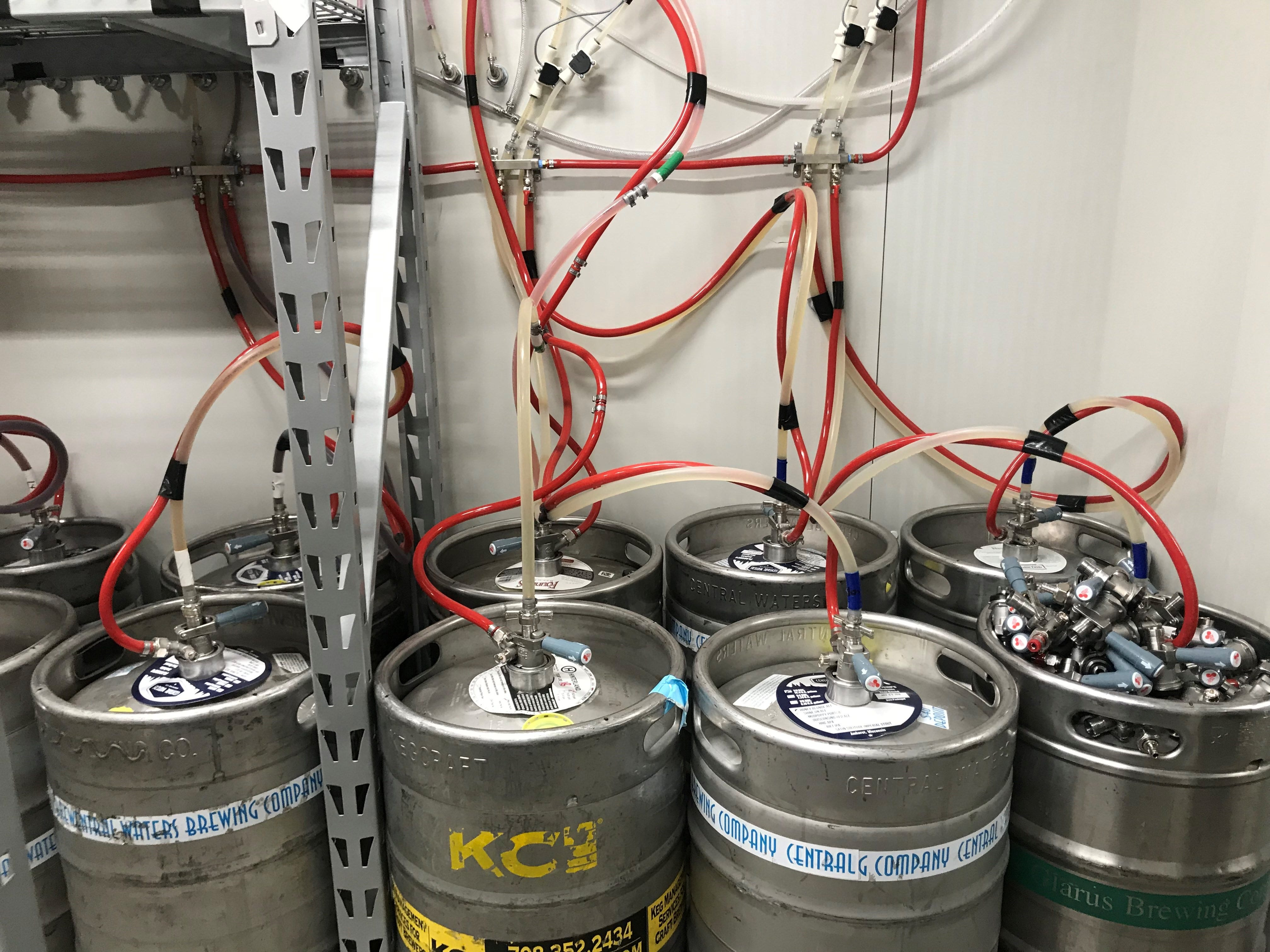 Tine & Cellar has special cooling technology in its keg system, with an internal barrier to keep gas from escaping and maintain the freshness of the beer. There is also vinyl-less piping. The system ensures there won't be any flavor transfer between beers.