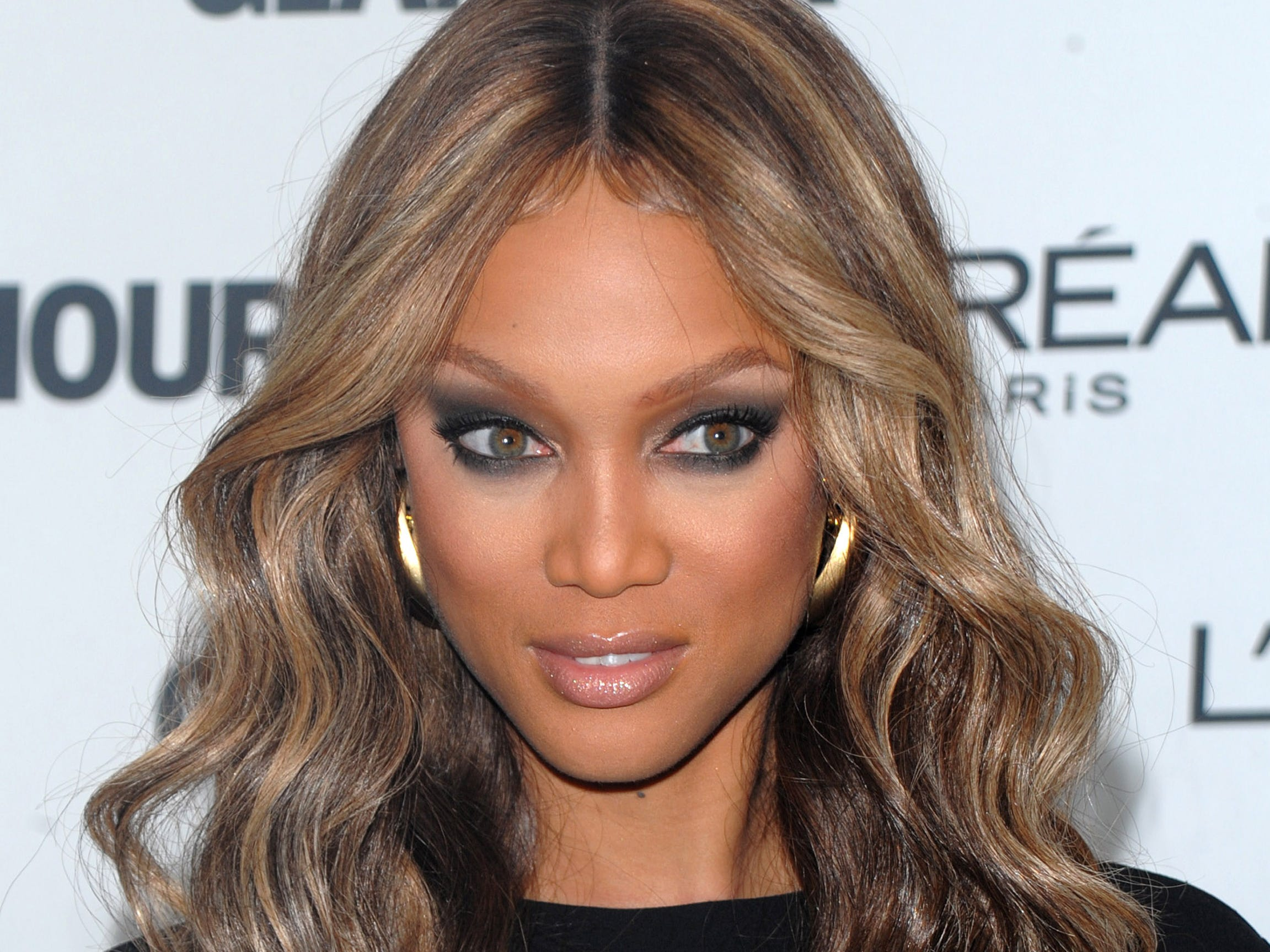 "** FILE ** In this Nov. 10, 2008 file photo, TV Personality Tyra Banks attends the 2008 Glamour Women of the Year Awards at Carnegie Hall in New York. Three people were arrested and six others hurt Saturday after bedlam broke out while they waited to audition for ""America's Next Top Model,"" police said. The model competition is hosted by Banks, who also serves as its executive producer. (AP Photo/Peter Kramer, File) ORG XMIT: NY119"