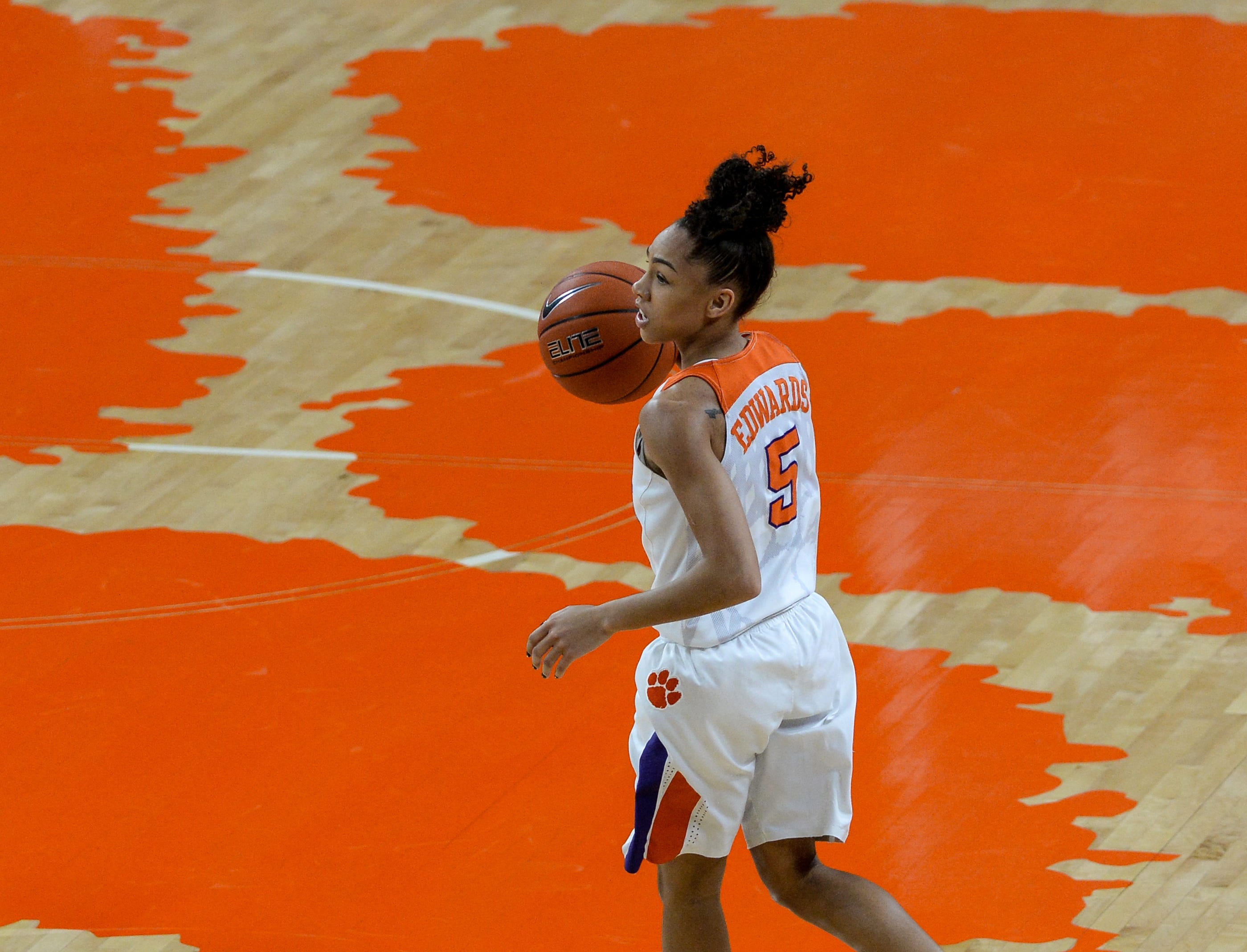 Clemson guard Danielle Edwards(5) brings the ball up court against Georgia Tech during the first quarter at Littlejohn Coliseum in Clemson Thursday, January 17, 2019.