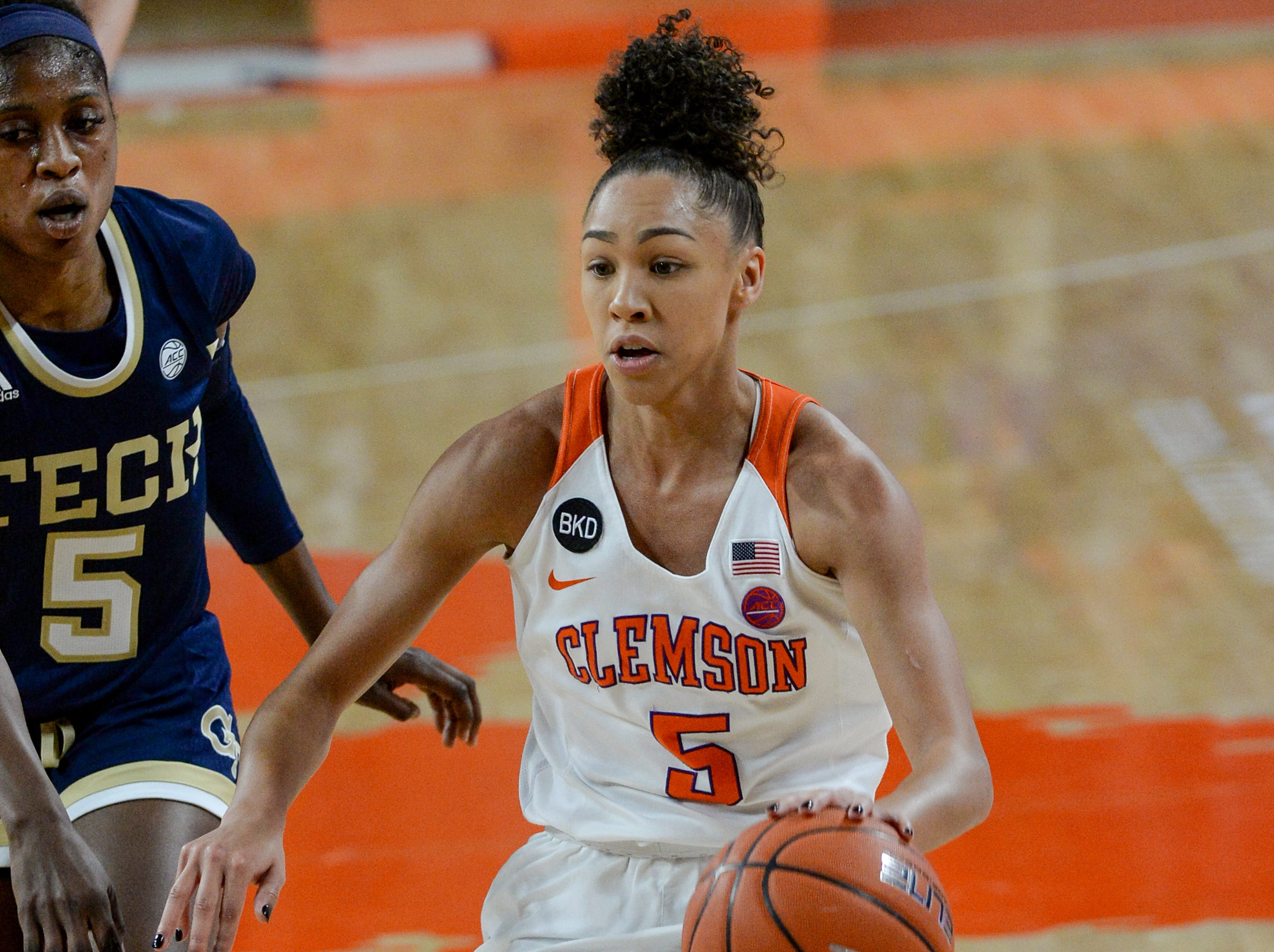 Clemson guard Danielle Edwards(5) dribbles up court during the second quarter of the game with Georgia Tech at Littlejohn Coliseum in Clemson Thursday, January 17, 2019.