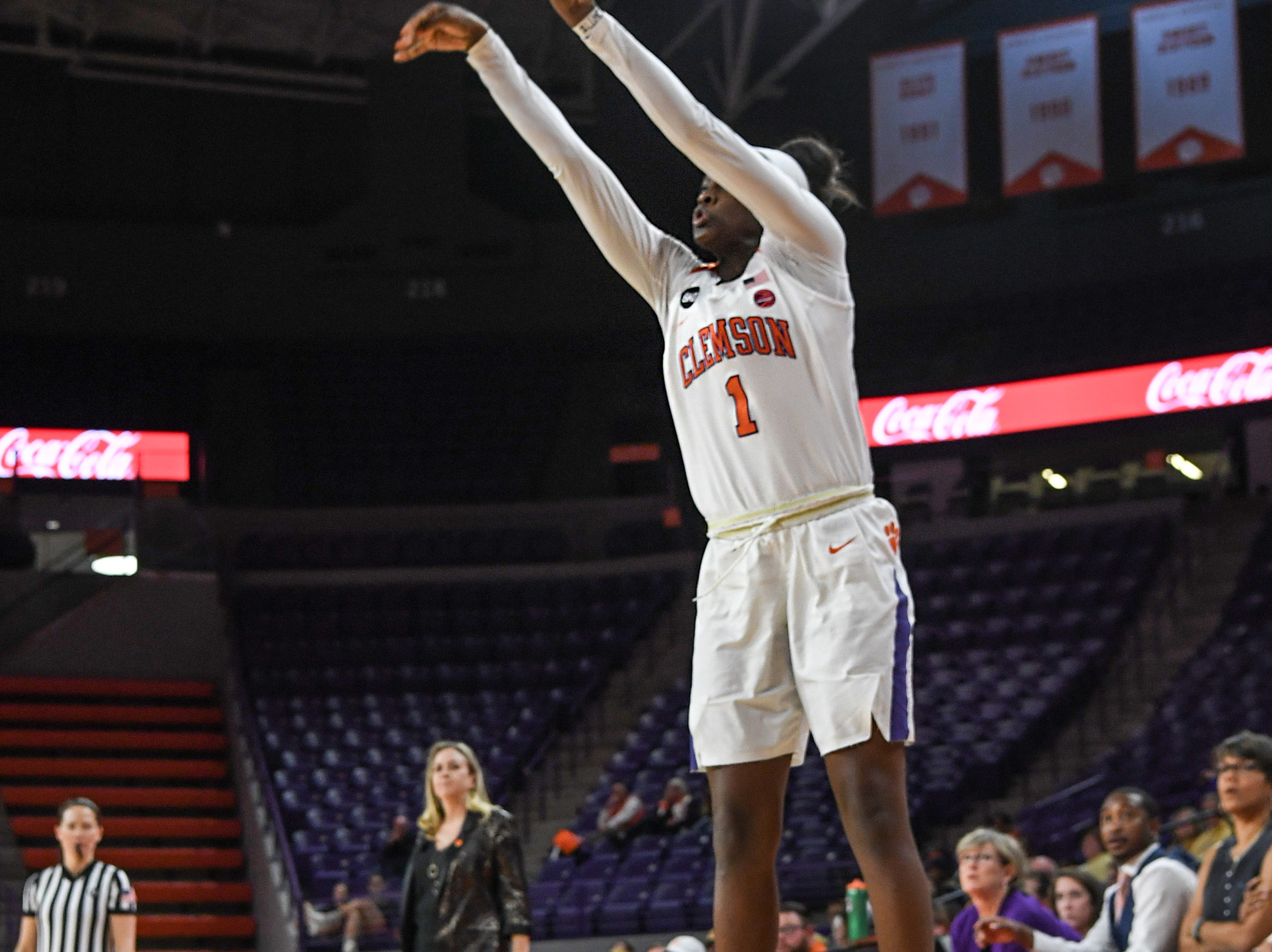 Clemson guard Destiny Thomas(1) shoots during the fourth quarter at Littlejohn Coliseum in Clemson Thursday, January 17, 2019.