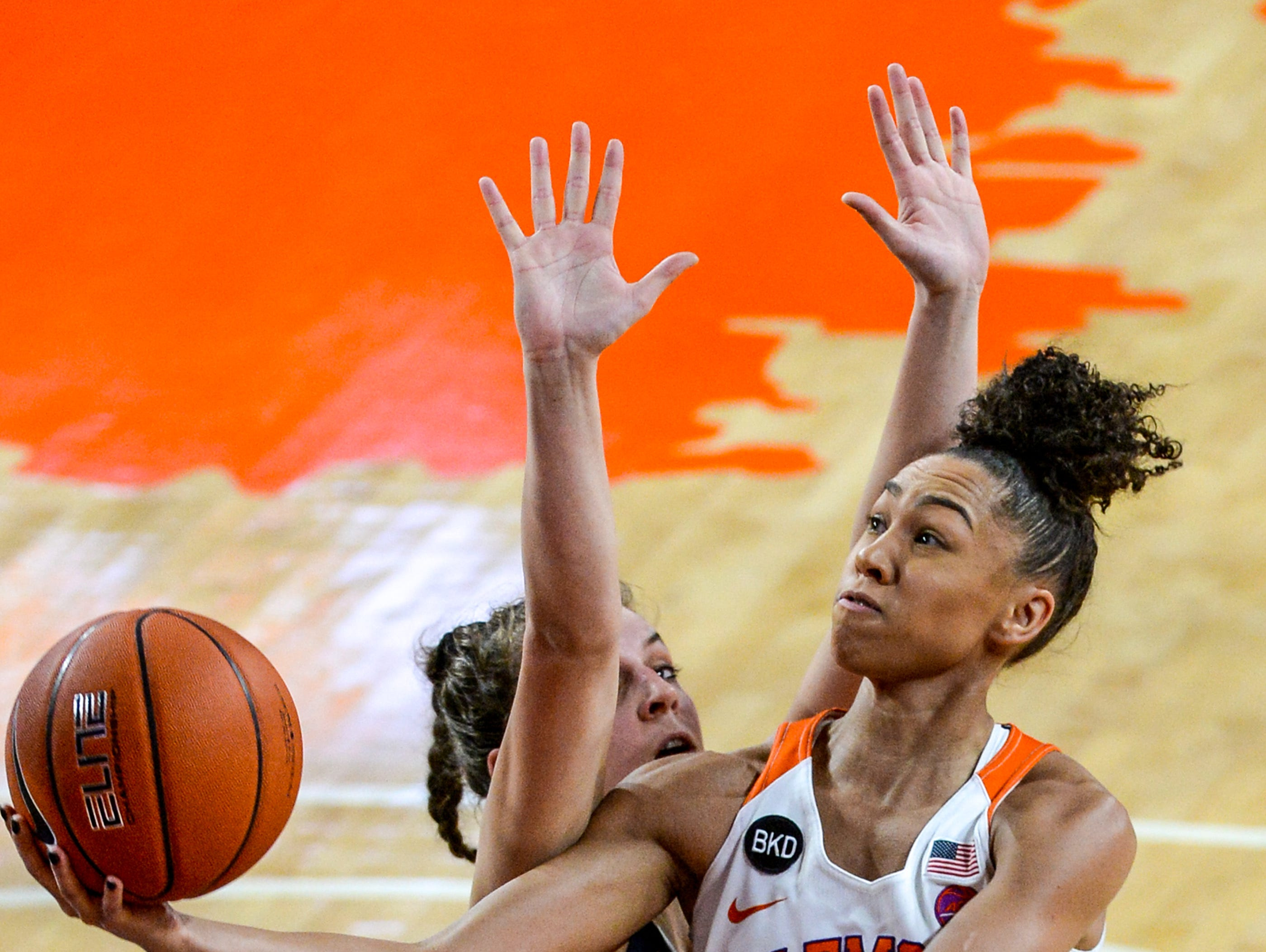 Clemson guard Danielle Edwards(5) shoots against Georgia Tech during the first quarter at Littlejohn Coliseum in Clemson Thursday, January 17, 2019.