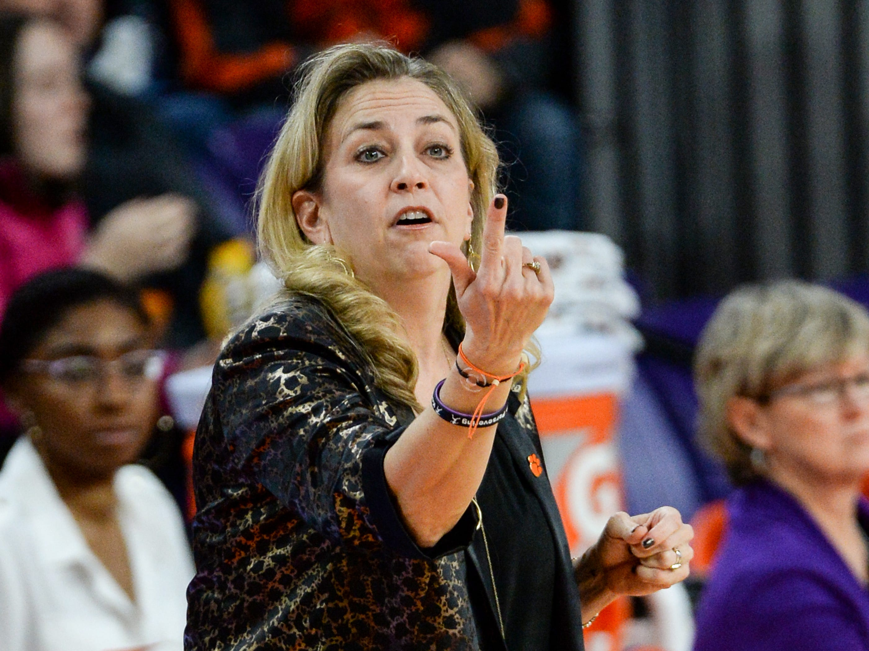 Clemson Head Coach Amanda Butler talks to her player in the Georgia Tech game during the second quarter at Littlejohn Coliseum in Clemson Thursday, January 17, 2019.