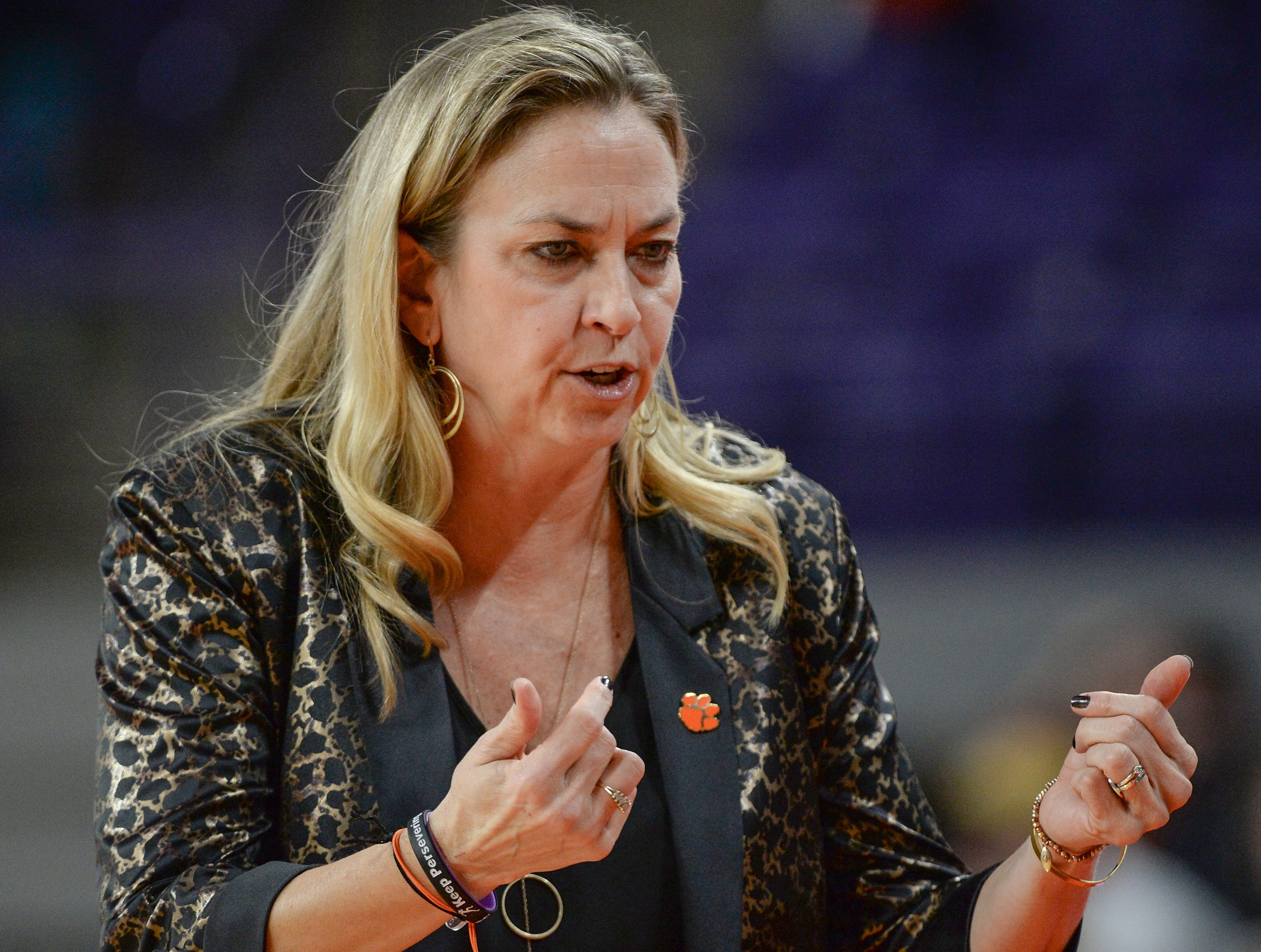 Clemson Head Coach Amanda Butler during the fourth quarter at Littlejohn Coliseum in Clemson Thursday, January 17, 2019.