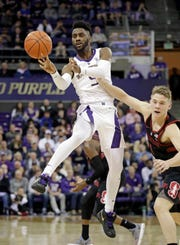 Jaylen Nowell is Washington's leading scorer, but he and other Huskies have learned the importance of passing up good shots to get great ones.