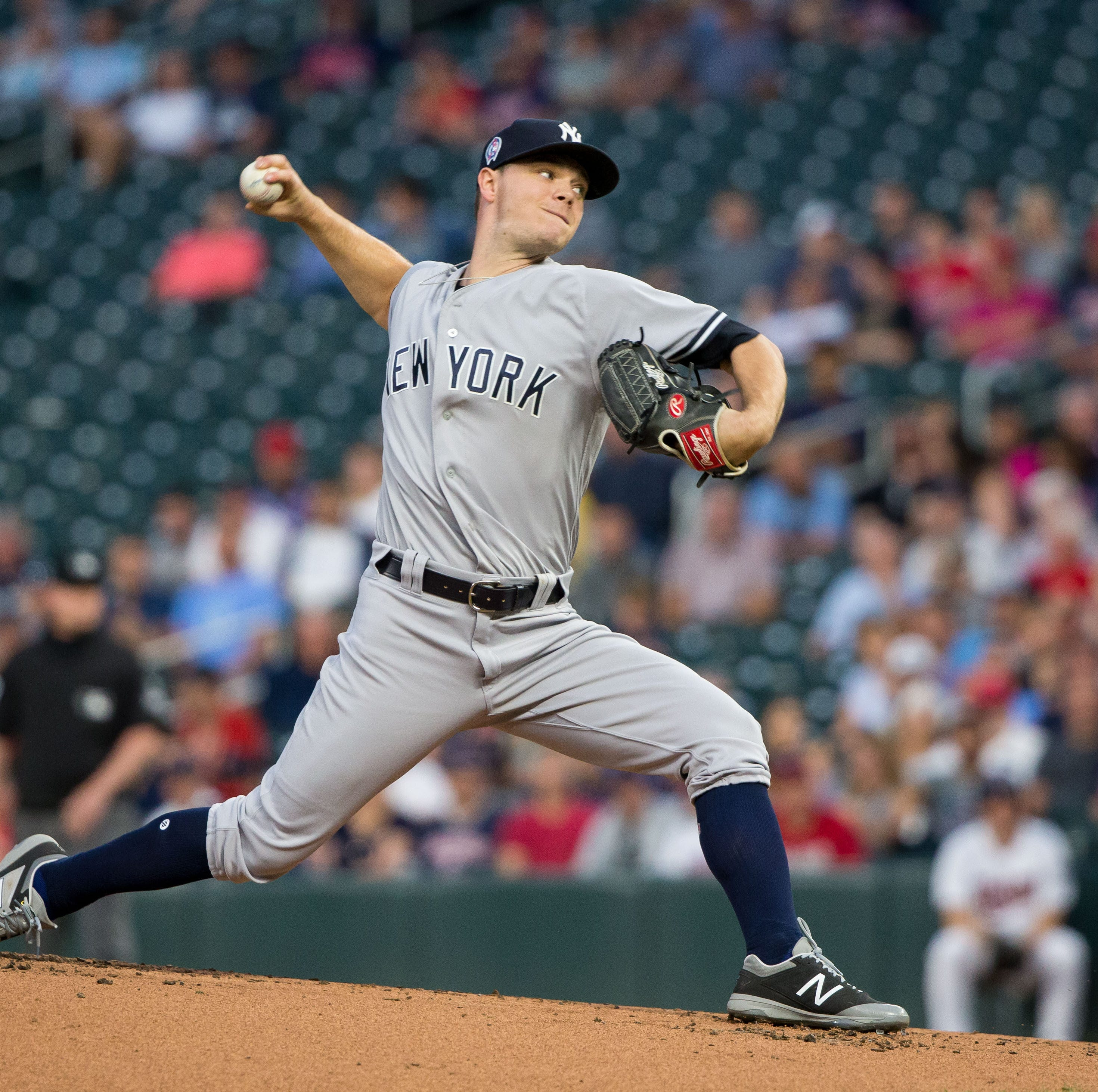 Sonny Gray headed to Cincinnati Reds in trade with Yankees, signed to an extension