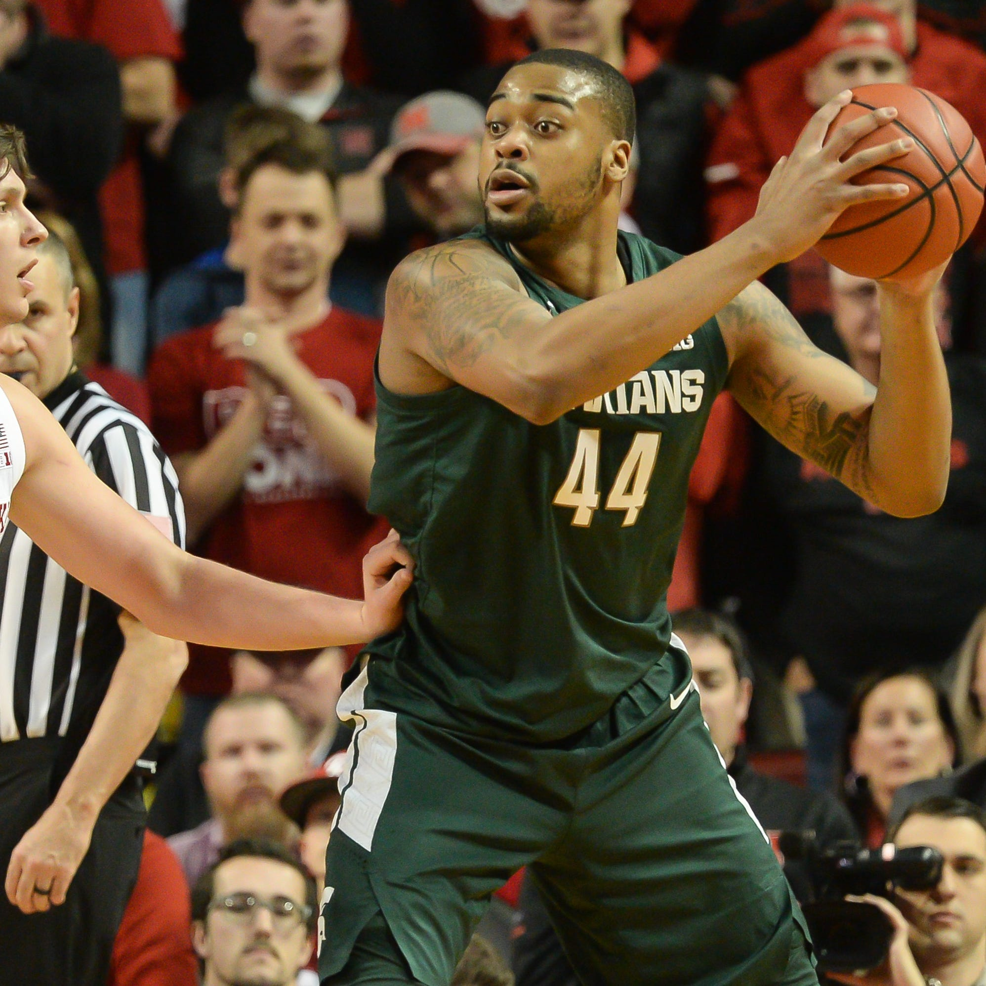 Winston and Ward power Michigan State basketball past Nebraska, 70-64