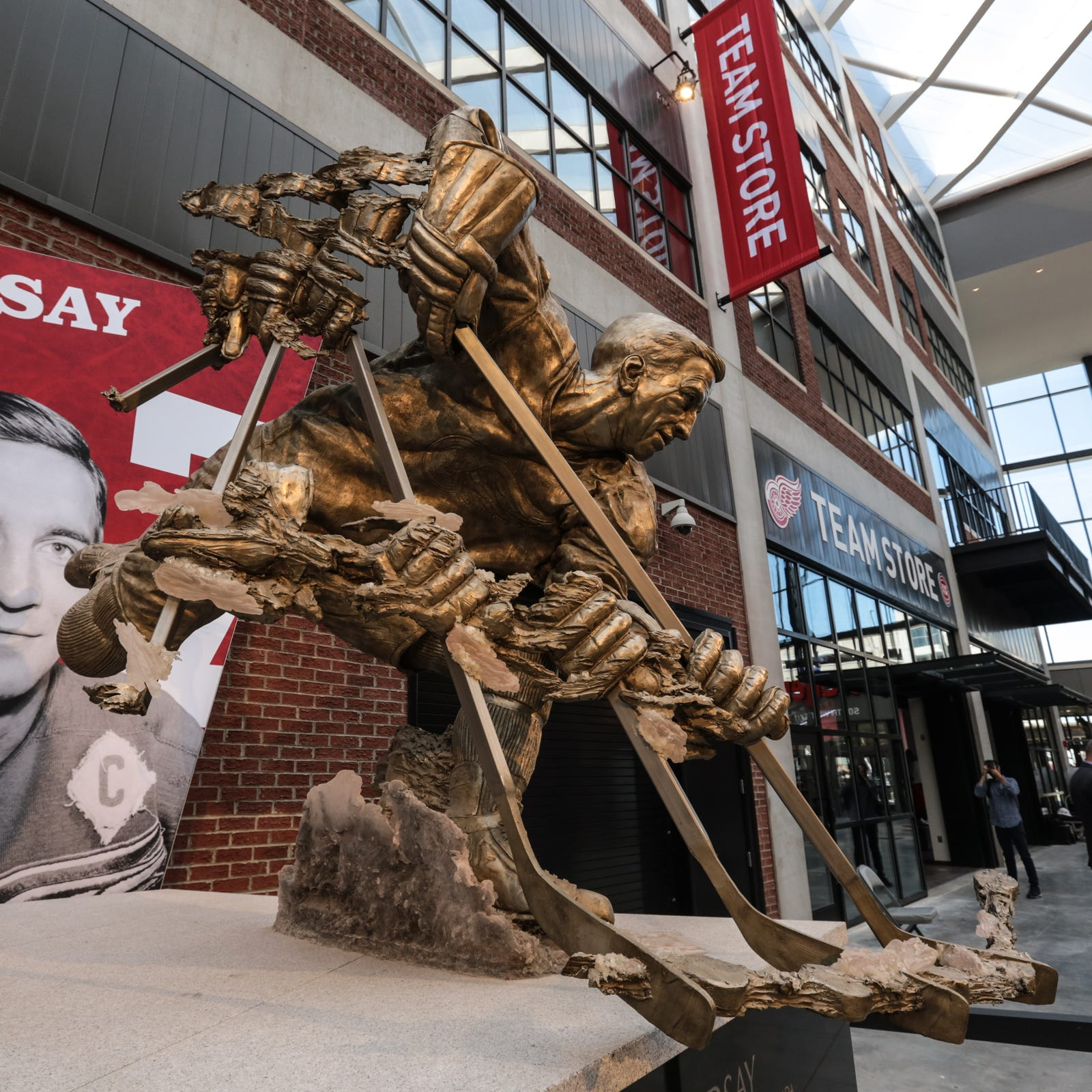 Skate free at LCA for Detroit's first-ever Hockeytown Winterfest