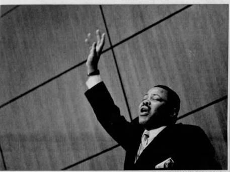 Torchbearer for Dr. Martin Luther King Jr. laid to rest in Detroit