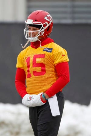 Chiefs quarterback Patrick Mahomes watches a workout on Thursday in Kansas City.