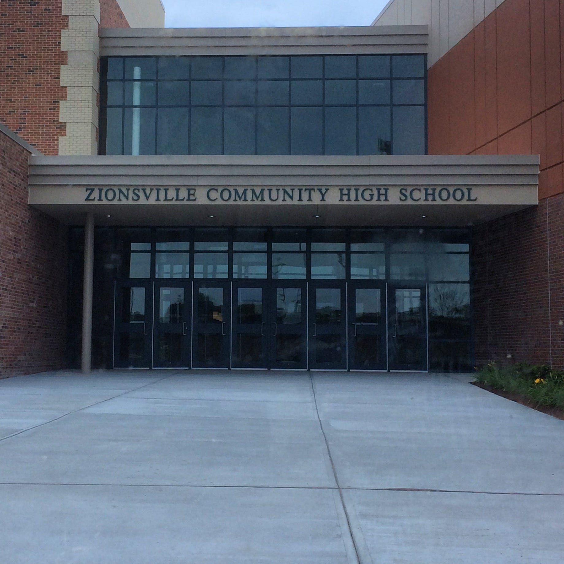 Zionsville investigates after students appear to perform Nazi salute in 'sickening' photo