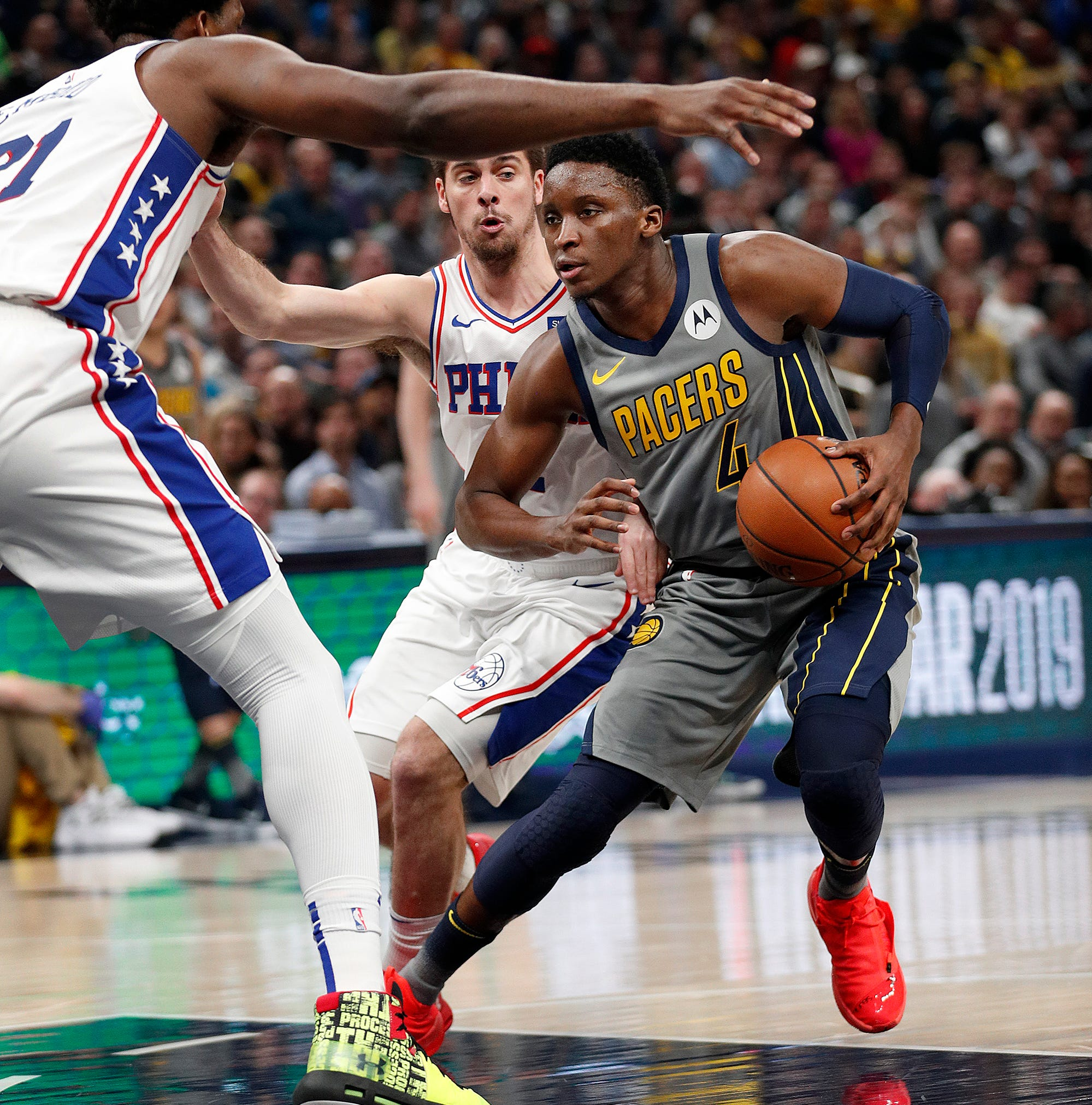 Indiana Pacers guard Victor Oladipo (4) looks to...