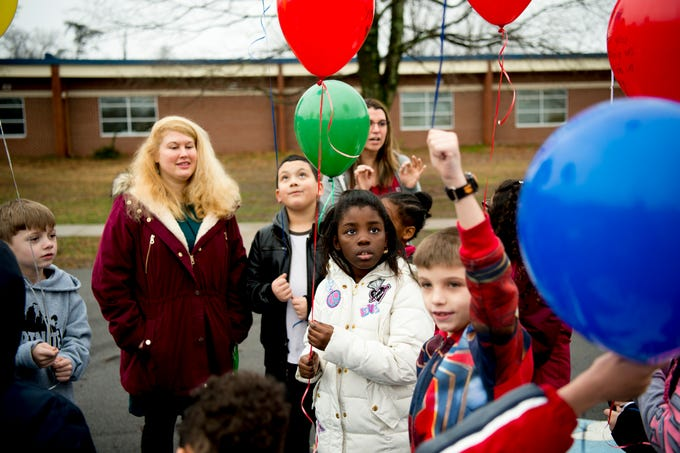 Pond Gap Students Release Balloons For Mlk Day