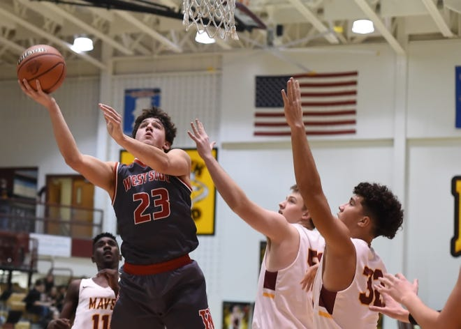 Yanni Karlaftis led West Lafayette with 19 points in a win at Frankfort Saturday.
