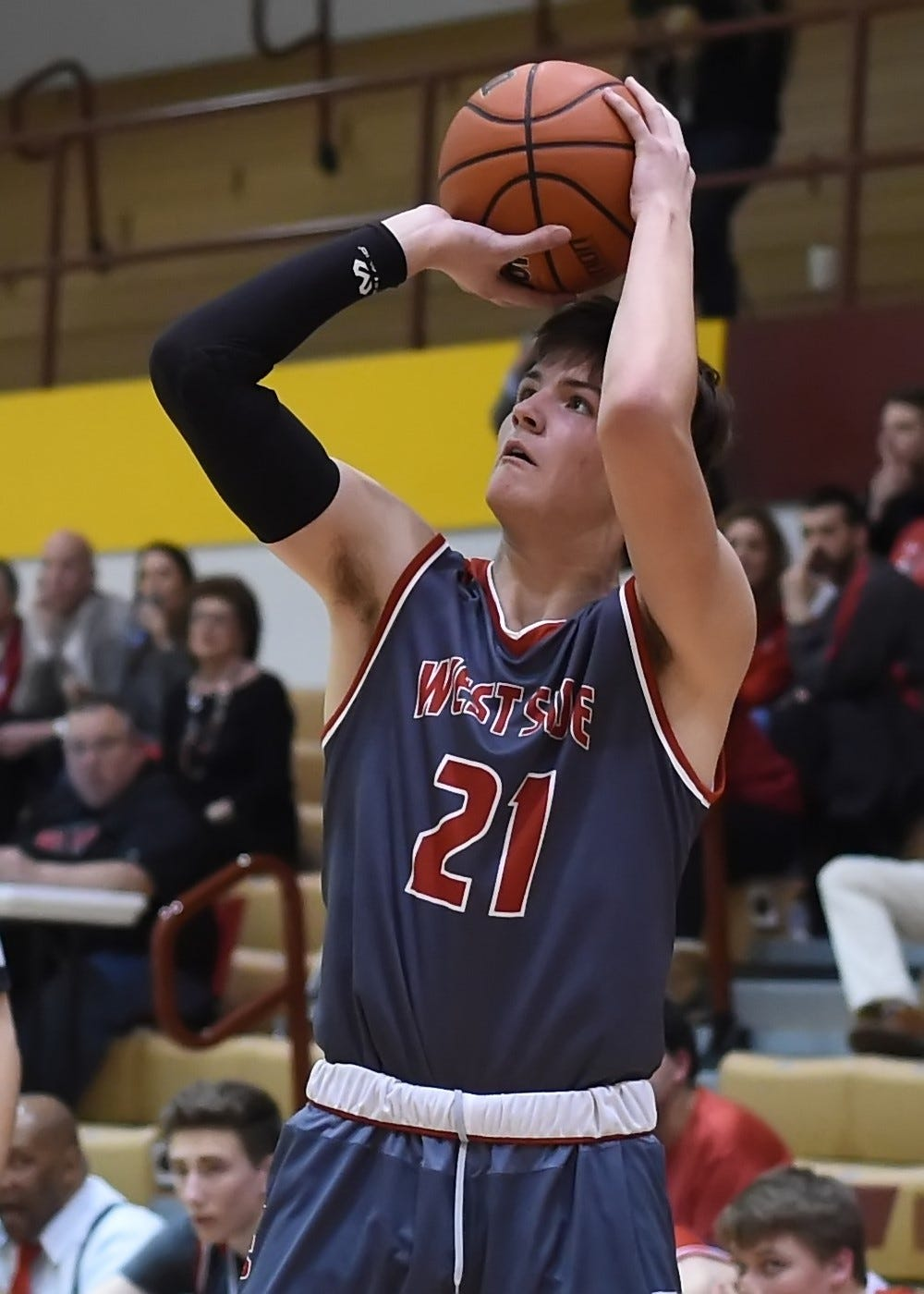 Harrison Truitt scored nine of his 16 points in the fourth quarter to lead a West Lafayette comeback.