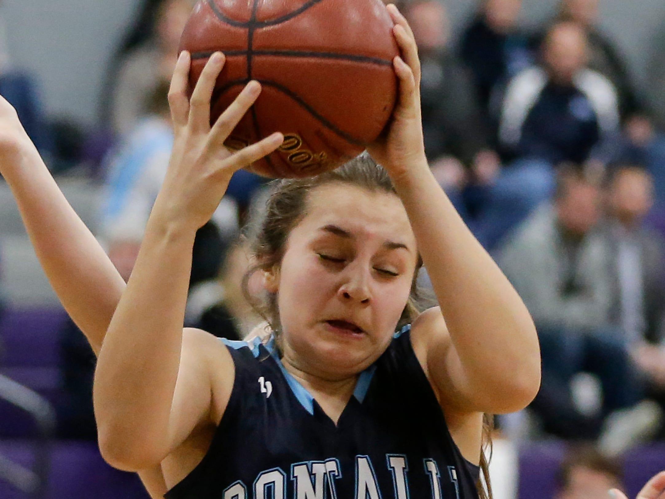 Roncalli's Lily Nelson rebounds against Kiel during an EWC matchup at Kiel High School Thursday, January 17, 2019, in Kiel, Wis. Joshua Clark/USA TODAY NETWORK-Wisconsin