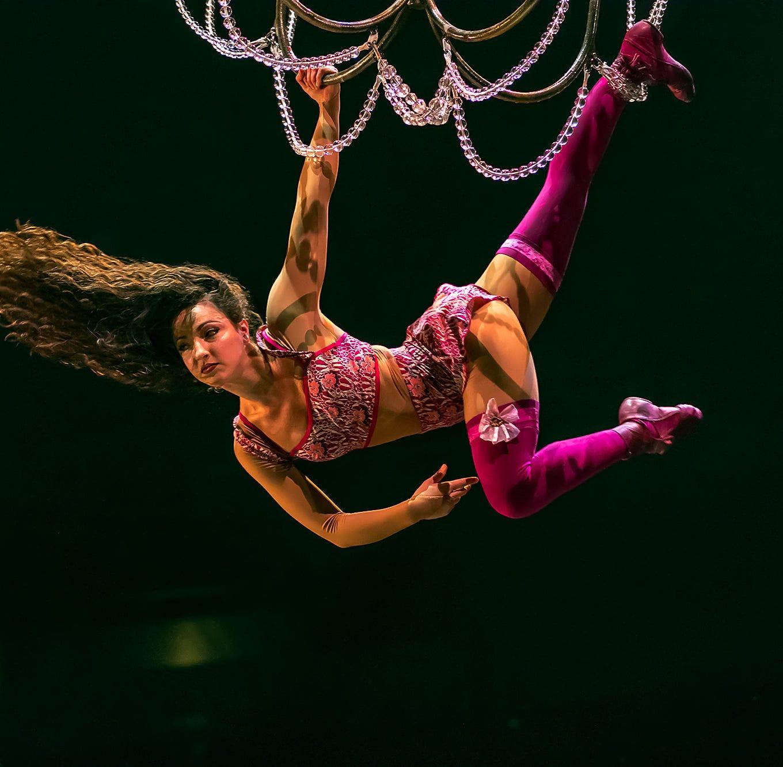 Cirque du Soleil: Corteo dramatically soars into Bossier City