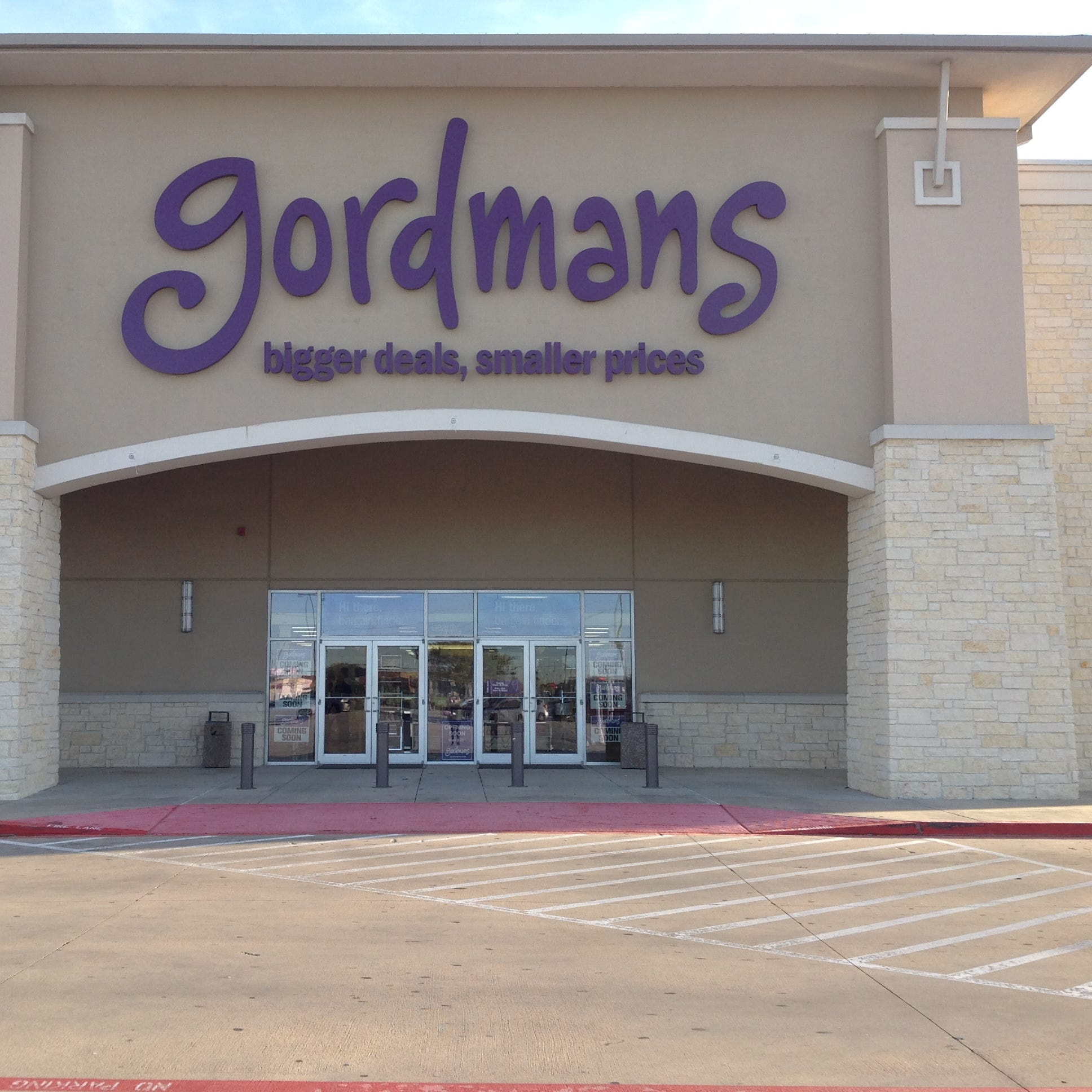 With discounted brand-name merchandise, Gordmans will bring a different brand of retail to Mukwonago