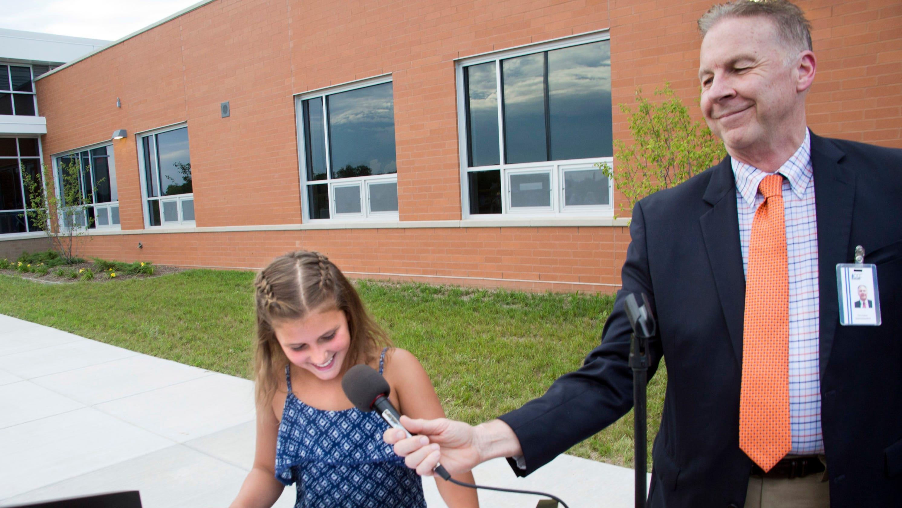 Oak Creek School Superintendent Tim Culver Announces Retirement