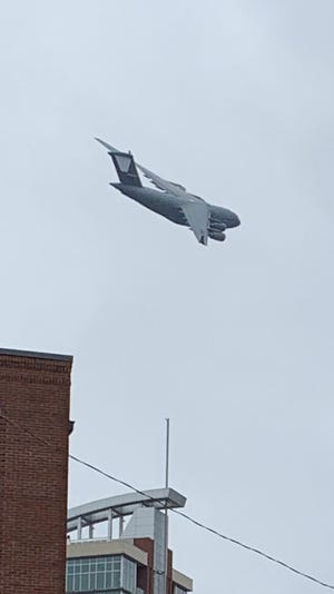 A low-flying USAF C17 Globemaster plane over Nashville caused a stir Friday, Jan. 18, 2018.