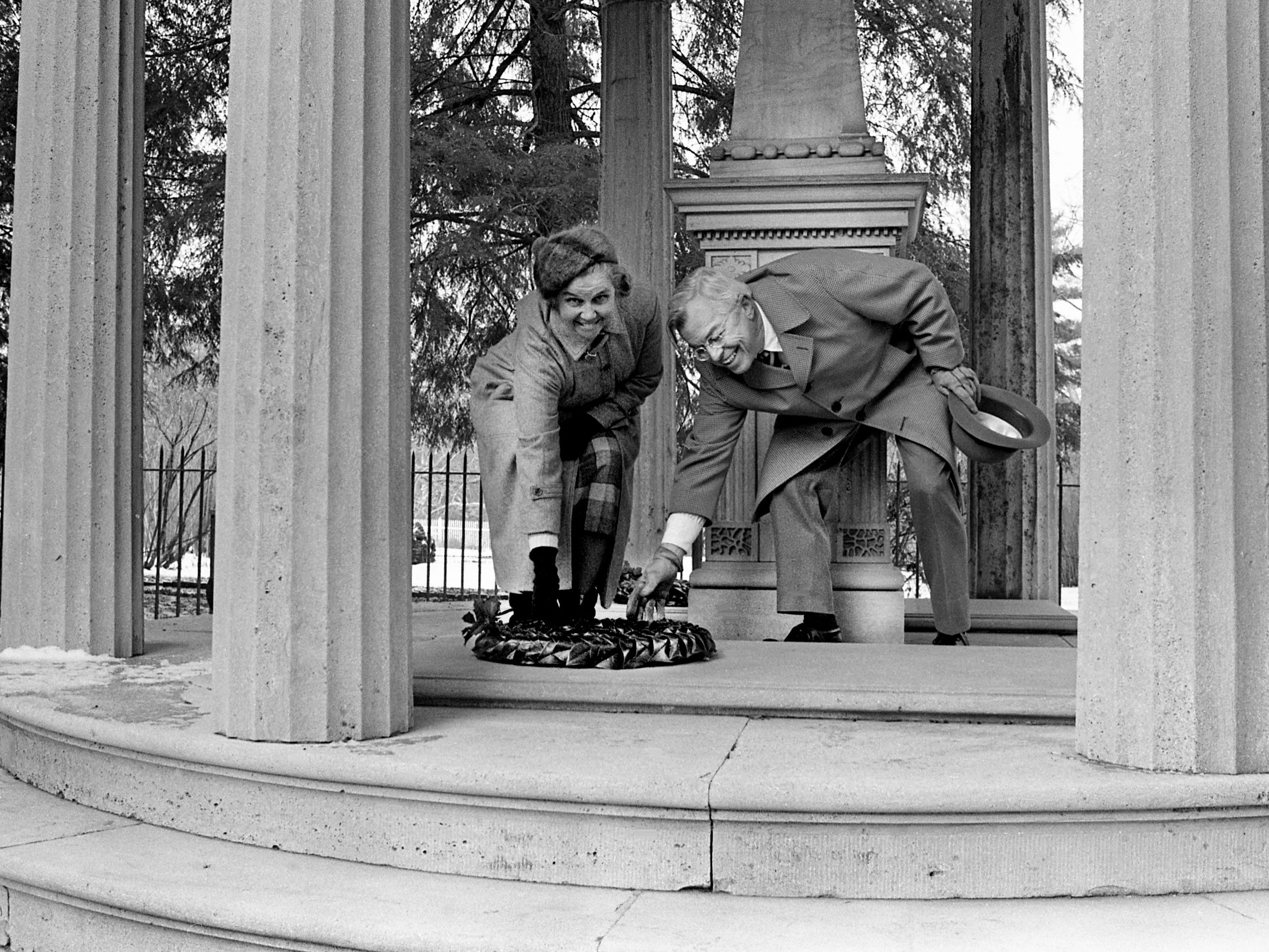 Mrs. Allen Steele, left, regent of the Ladies Hermitage Association, and Lewis Donelson of Memphis are laying a wreath at the tomb of President and Mrs. Andrew Jackson at The Hermitage during a ceremony in commemoration of the Battle of New Orleans on Jan. 8, 1979. Donelson was recently named commissioner of finance and administration by Governor-elect Lamar Alexander.
