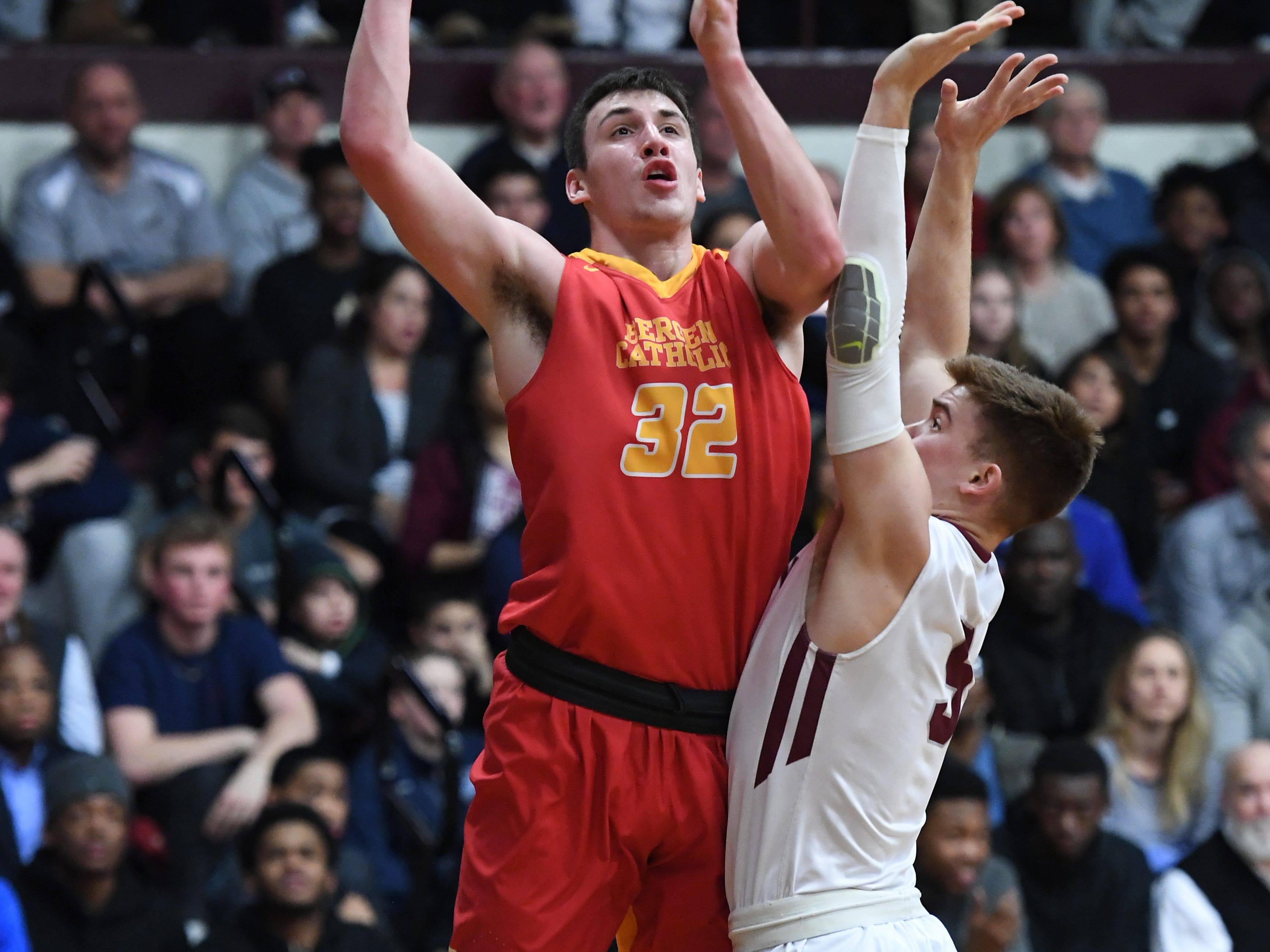 Bergen Catholic basketball at Don Bosco in Ramsey on Thursday, January 17, 2019. BC #32 Zach Freemantle drives to the basket.