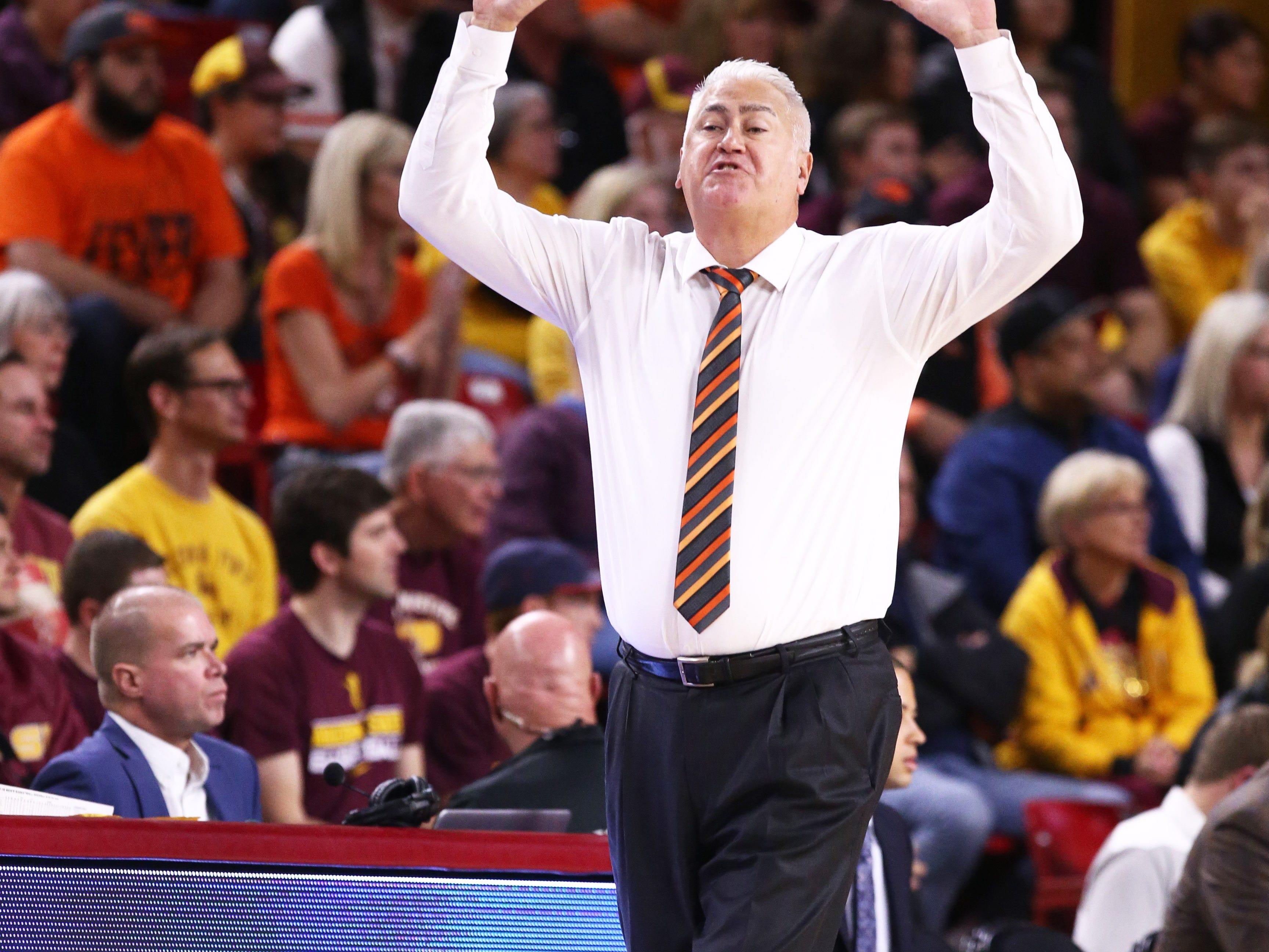 Oregon State Beavers head coach Wayne Tinkle against the Arizona State Sun Devils in the first half on Jan. 17 at Wells Fargo Arena in Tempe.