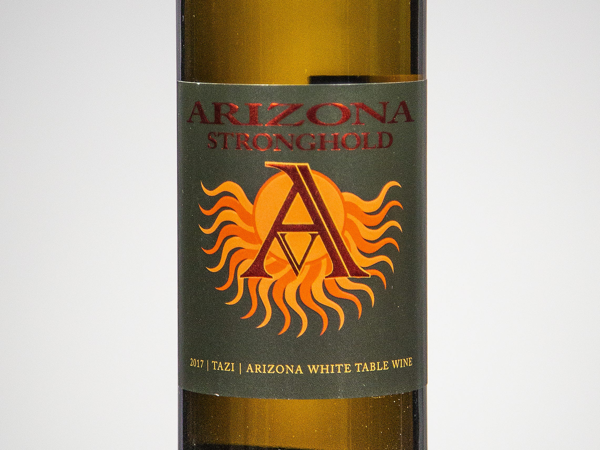 Best White Blend: Arizona Stronghold Vineyards Tazi 2017.