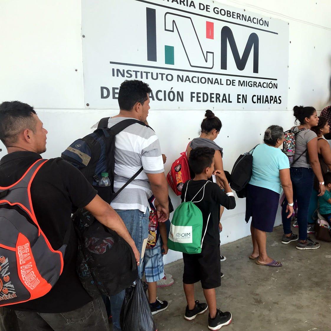 Se amparan migrantes contra deportaciónen México