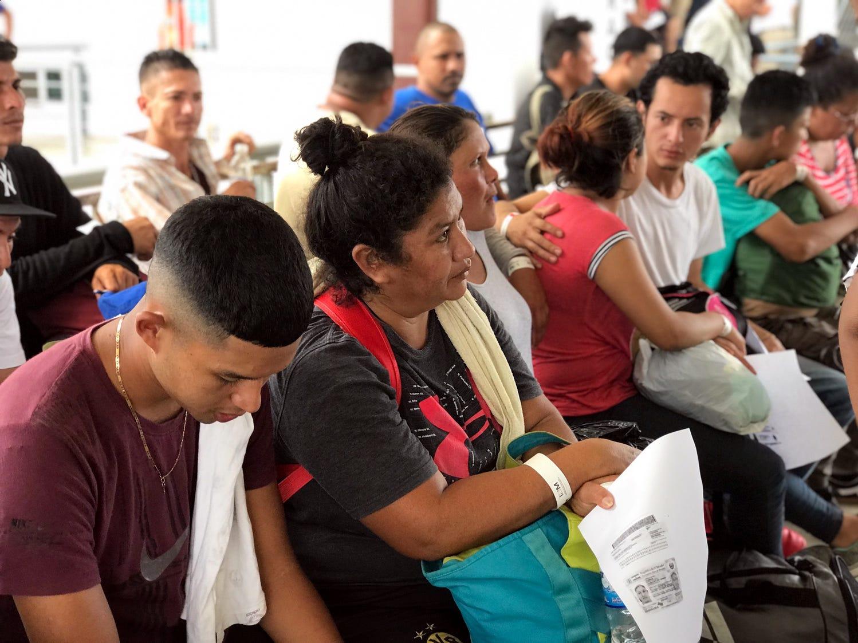 El Gobierno de Guatemala otorgó a los integrantes de la nueva caravana de centroamericanos un pase de 30 días para que puedan transitar sin problemas por el país.
