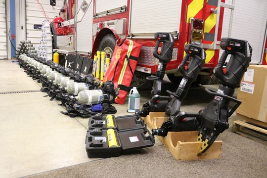 The Harris-Elmore Fire Department received more than $165,000 in new state-of-the-art rescue equipment after being awarded a federal grant from FEMA.