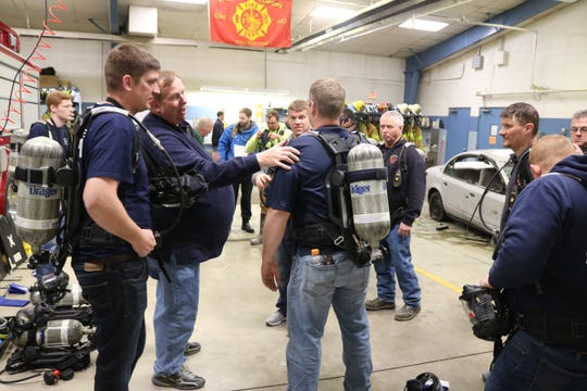 The Harris-Elmore Fire Department also received several hours of training on the new equipment from Howell Rescue Systems, a distributor of firefighting equipment based out of Kettering, and Draeger, Inc., the manufacturer of the breathing apparatus, on Thursday evening as well.