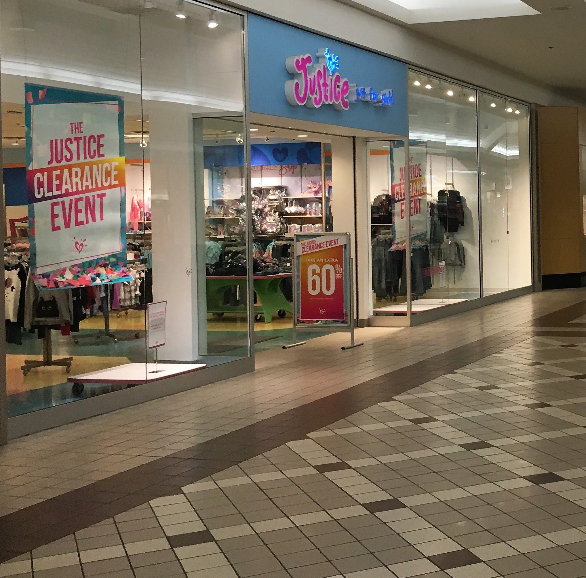Clothing store leaving Birchwood Mall