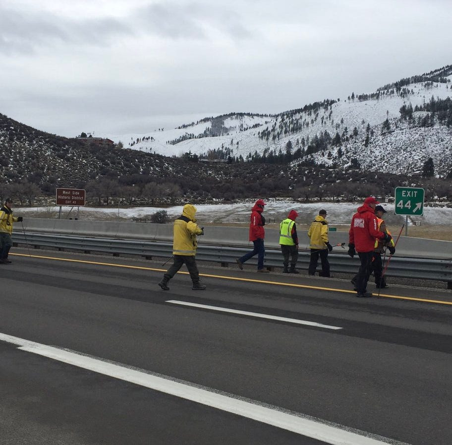 Washoe deputies search I-580 corridor for evidence in Reno murders