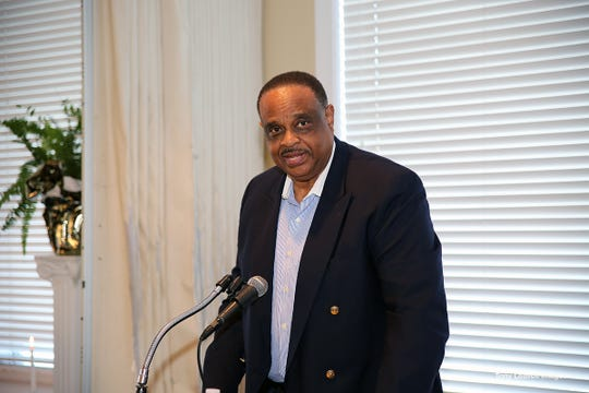 US Rep. Al Lawson was keynote speaker at the 9th Annual Links Beautillion Green Coat Ceremony honoring 19 seniors on Jan. 13, 2019.