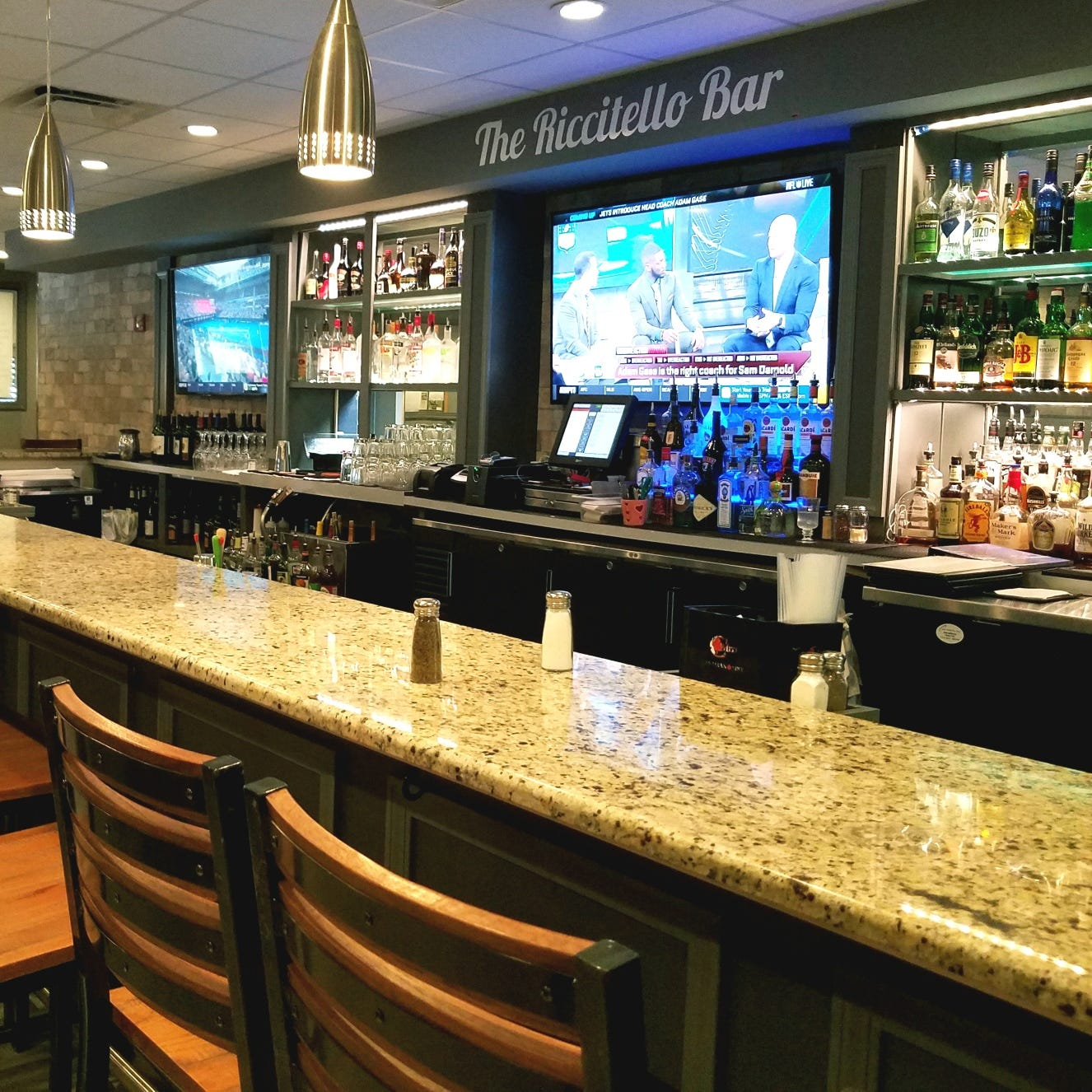 Manero's offshoot Manny's Rebellion offers casual atmosphere with good food