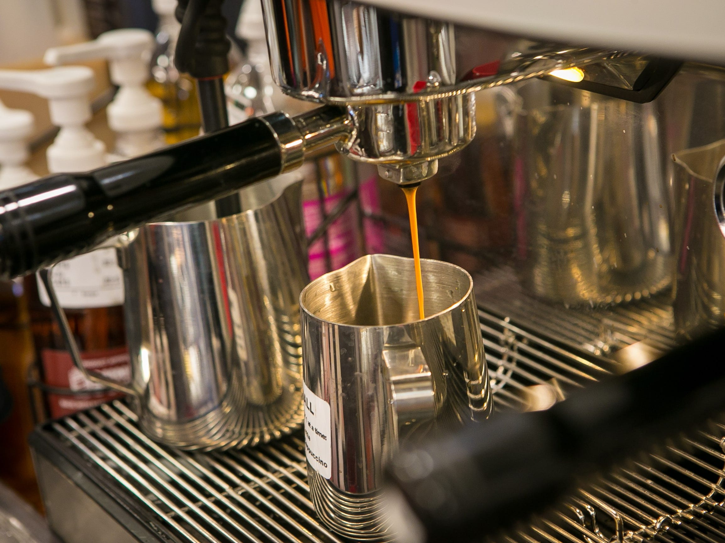 A new espresso machine are some of the new features of the new concept Dunkin' chain.