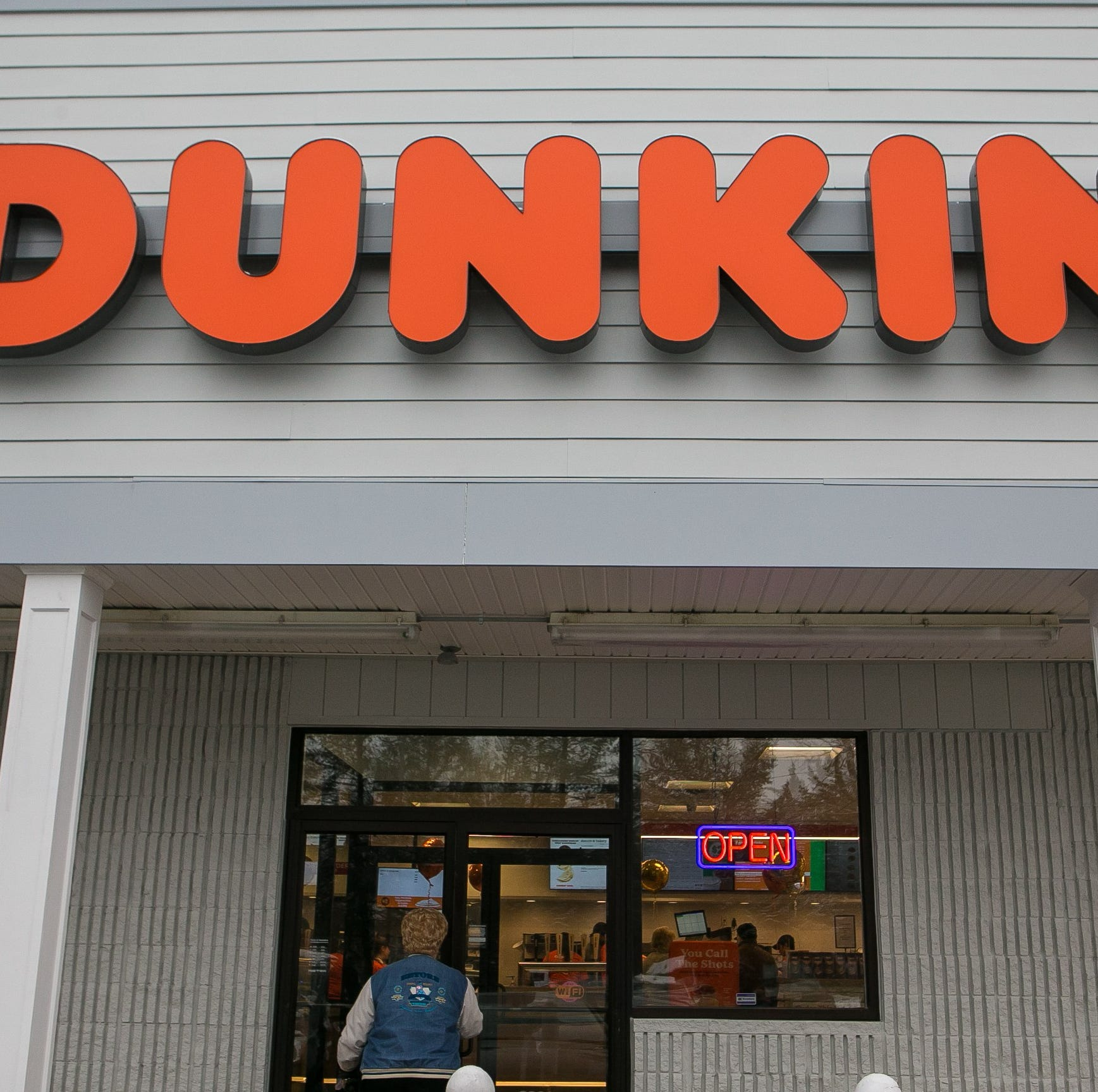 Video shows overnight burglary at South Jersey Dunkin'